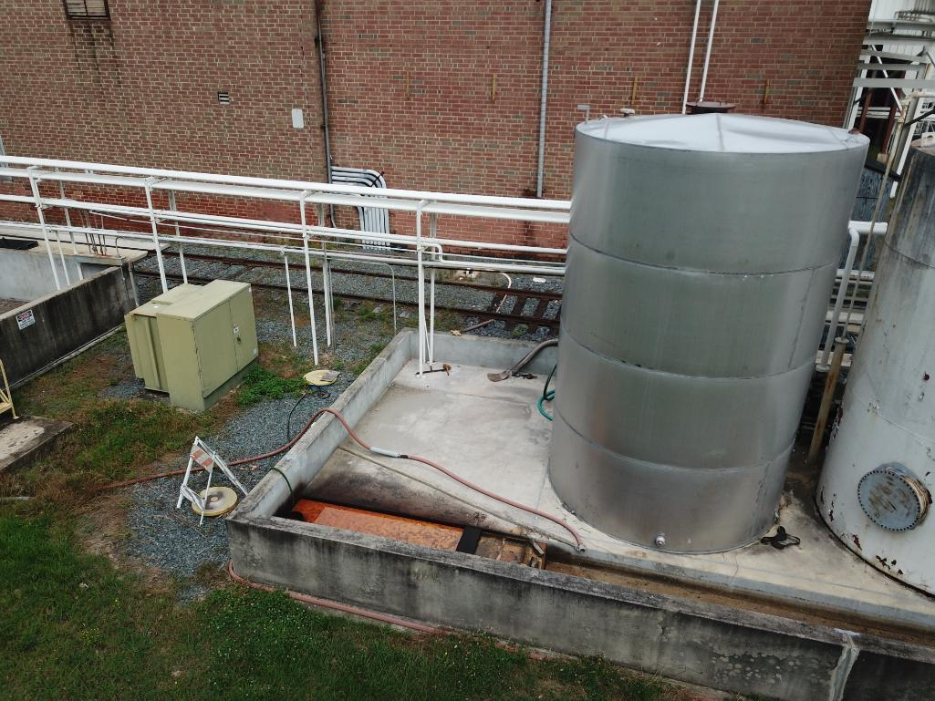 8000 gallon stainless steel tank - Image 3 of 5