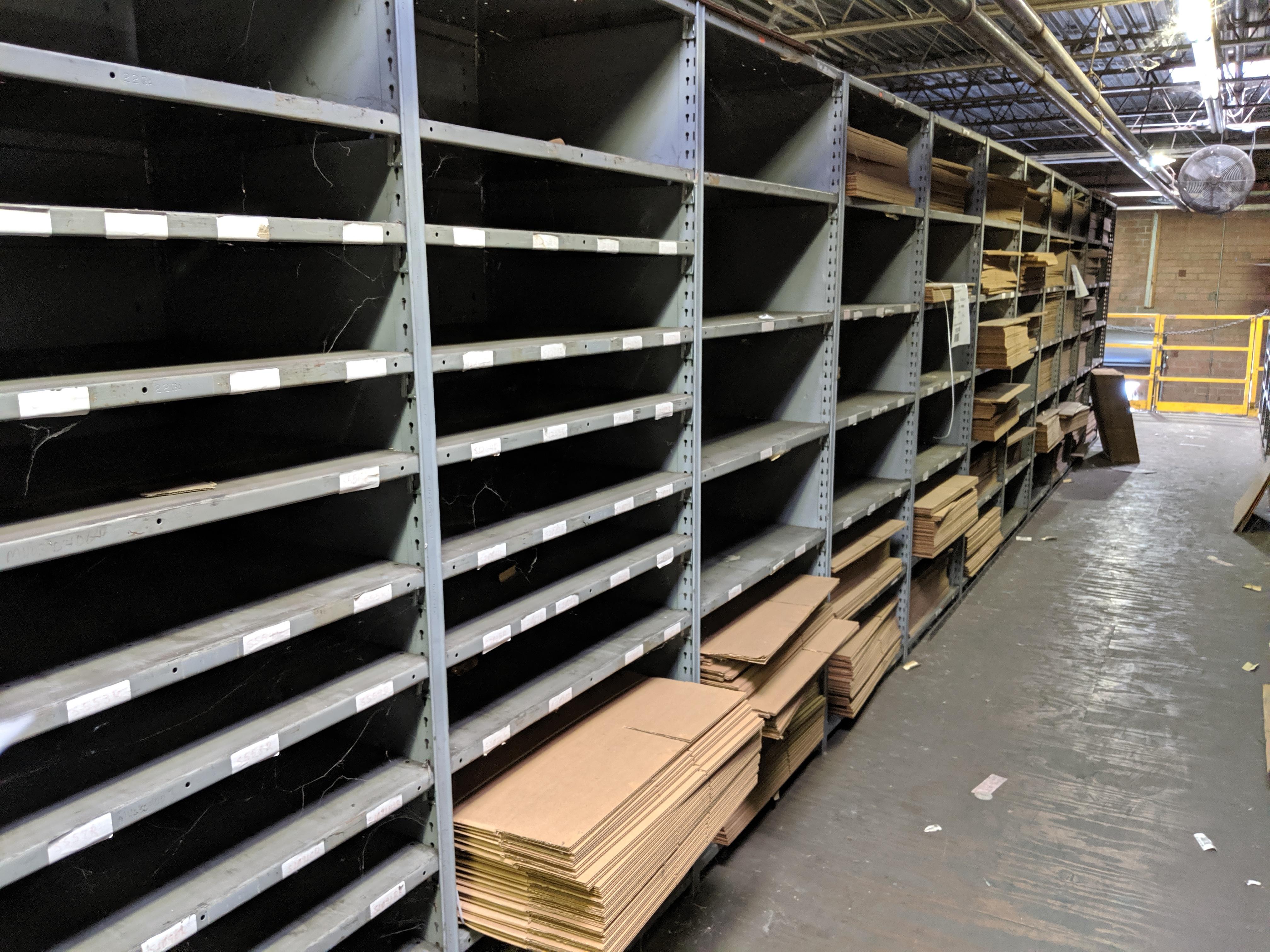 Parts shelving units - Image 5 of 7