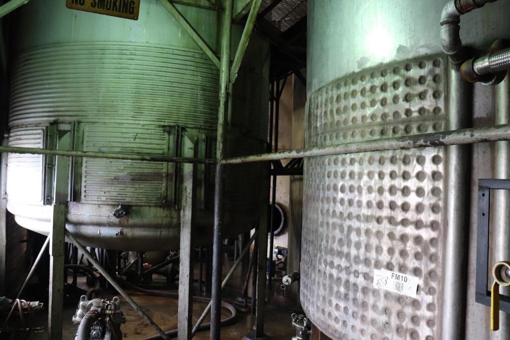 Stainless steel & steel mixing tanks, Contents of room - Image 4 of 13