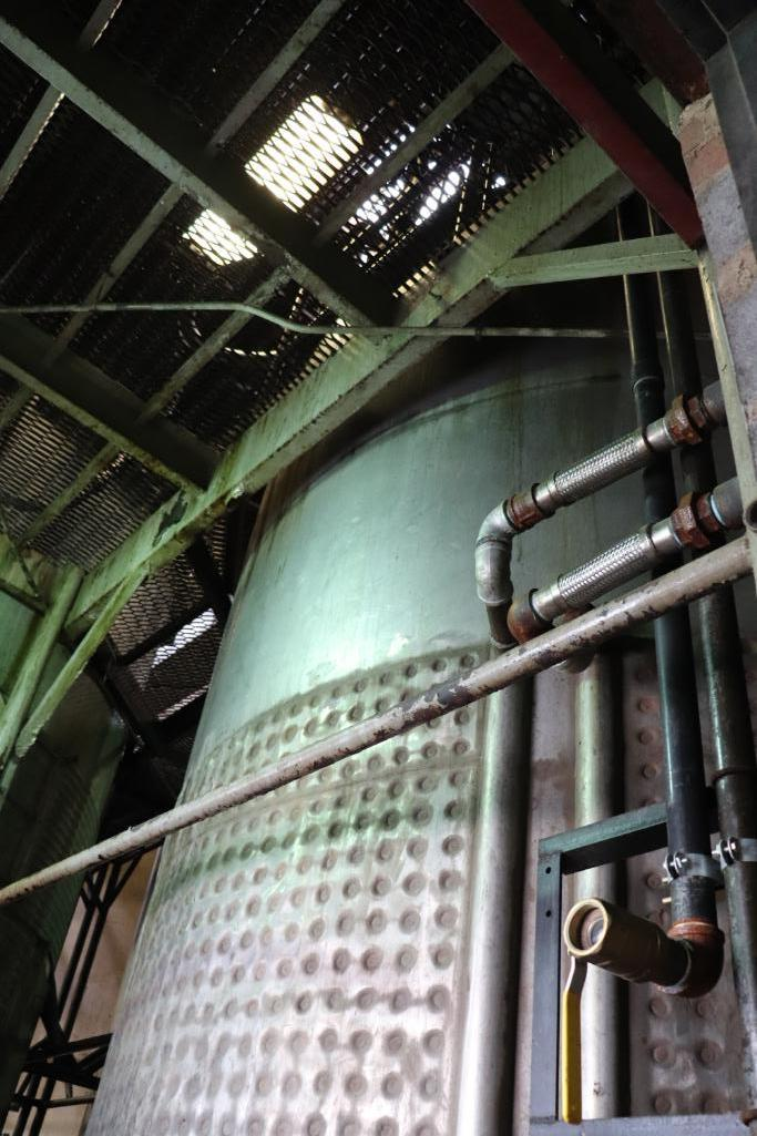 Stainless steel & steel mixing tanks, Contents of room - Image 5 of 13