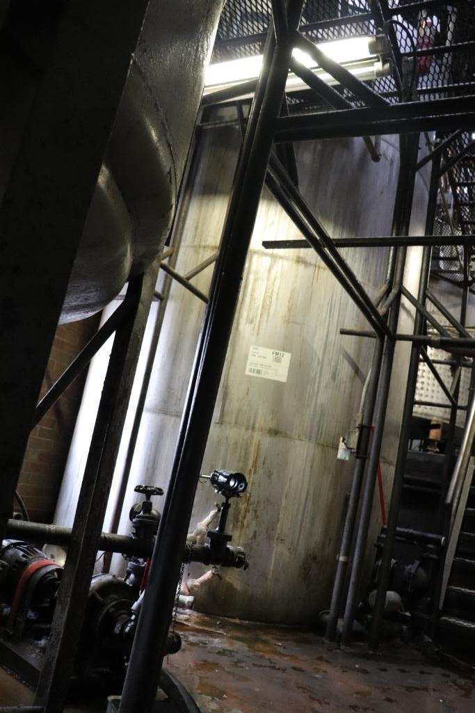 Stainless steel & steel mixing tanks, Contents of room - Image 9 of 13