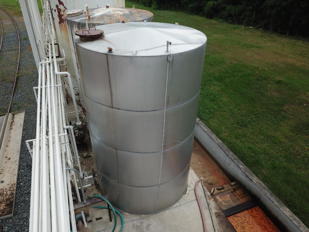 8000 gallon stainless steel tank - Image 5 of 5