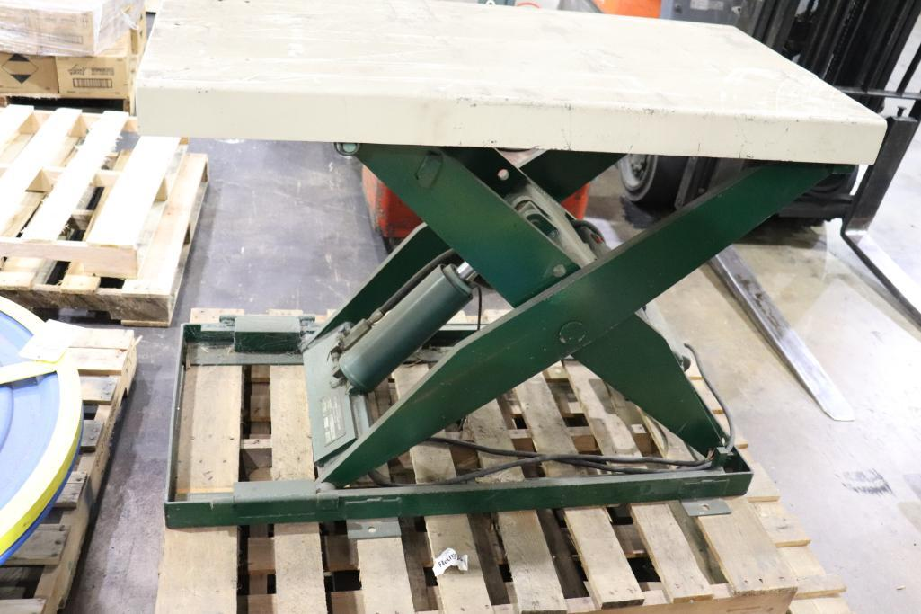 Southworth products LS2-36 2000lbs Back Saver Lift - Image 2 of 3
