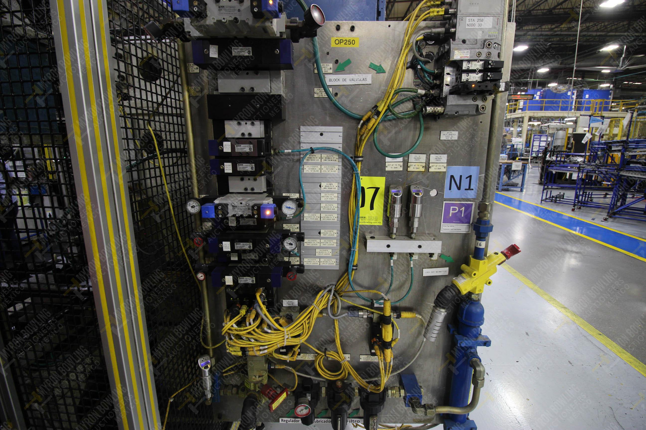 Estación semiautomática para operación 250 de ensamble de candado, contiene - Image 15 of 21