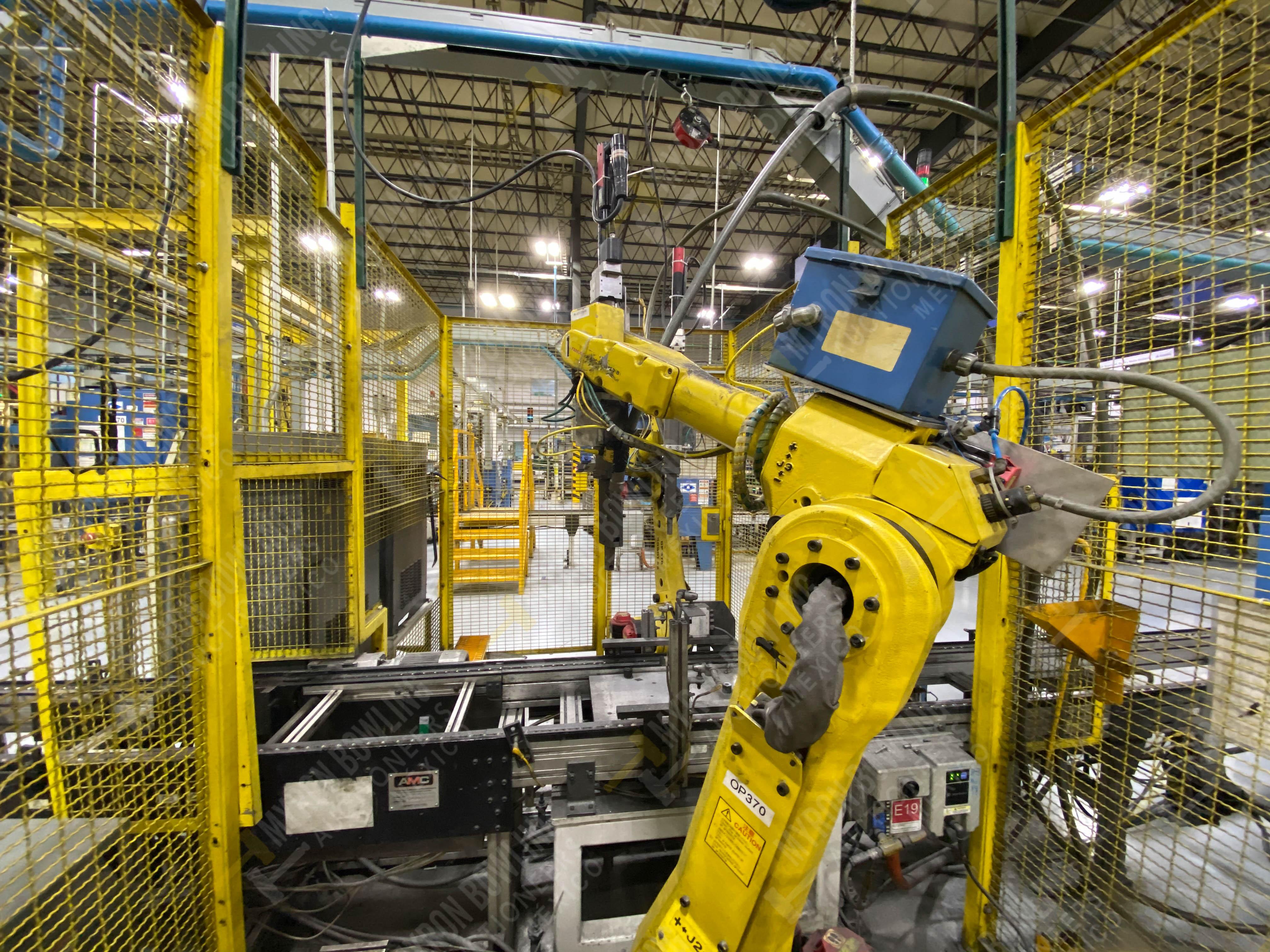 Robot con capacidad de carga de 15-30 Kg, controlador de robot y teach pendant - Image 3 of 12