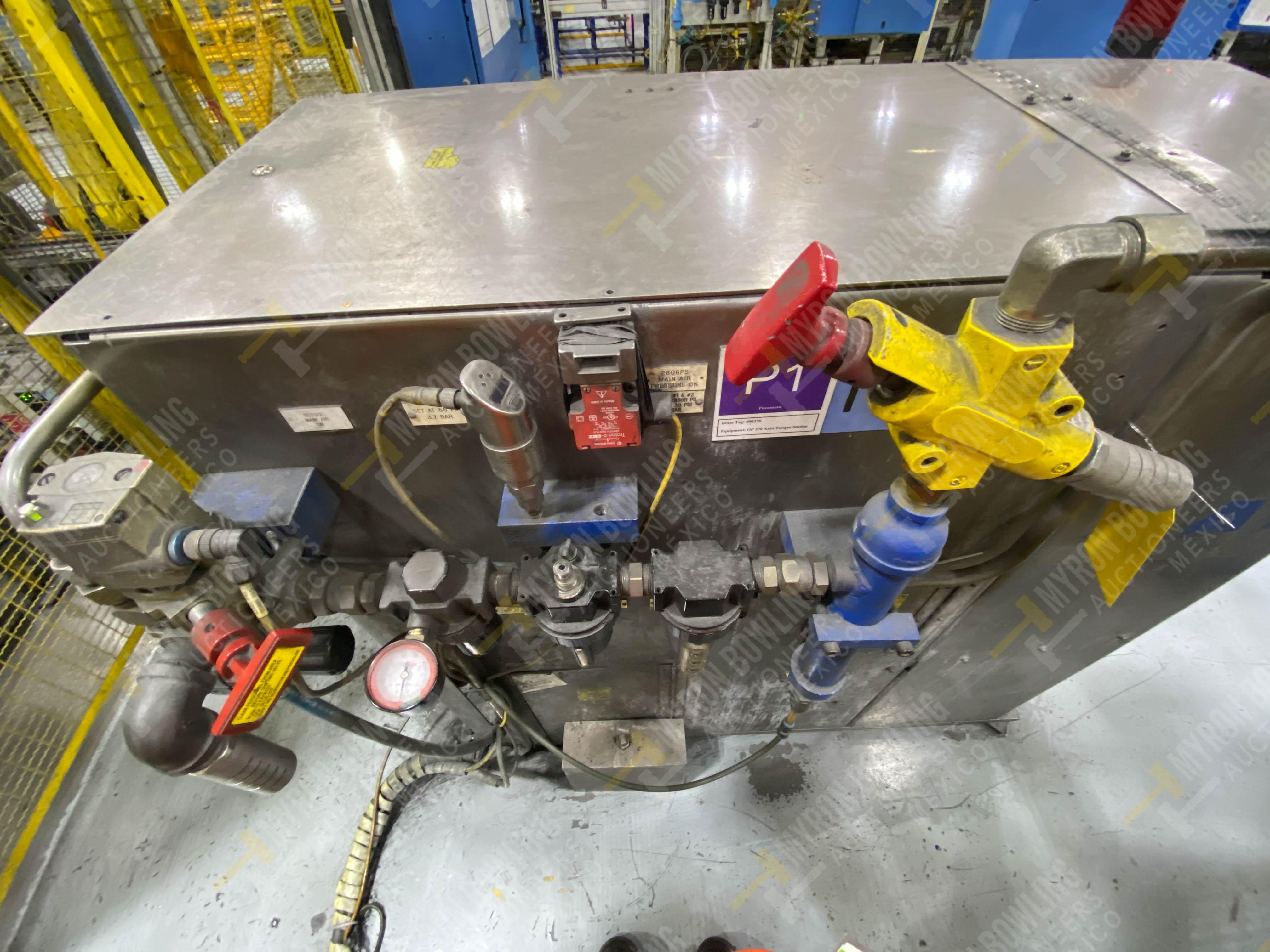 Robot con capacidad de carga de 15-30 Kg, controlador de robot y teach pendant - Image 10 of 17