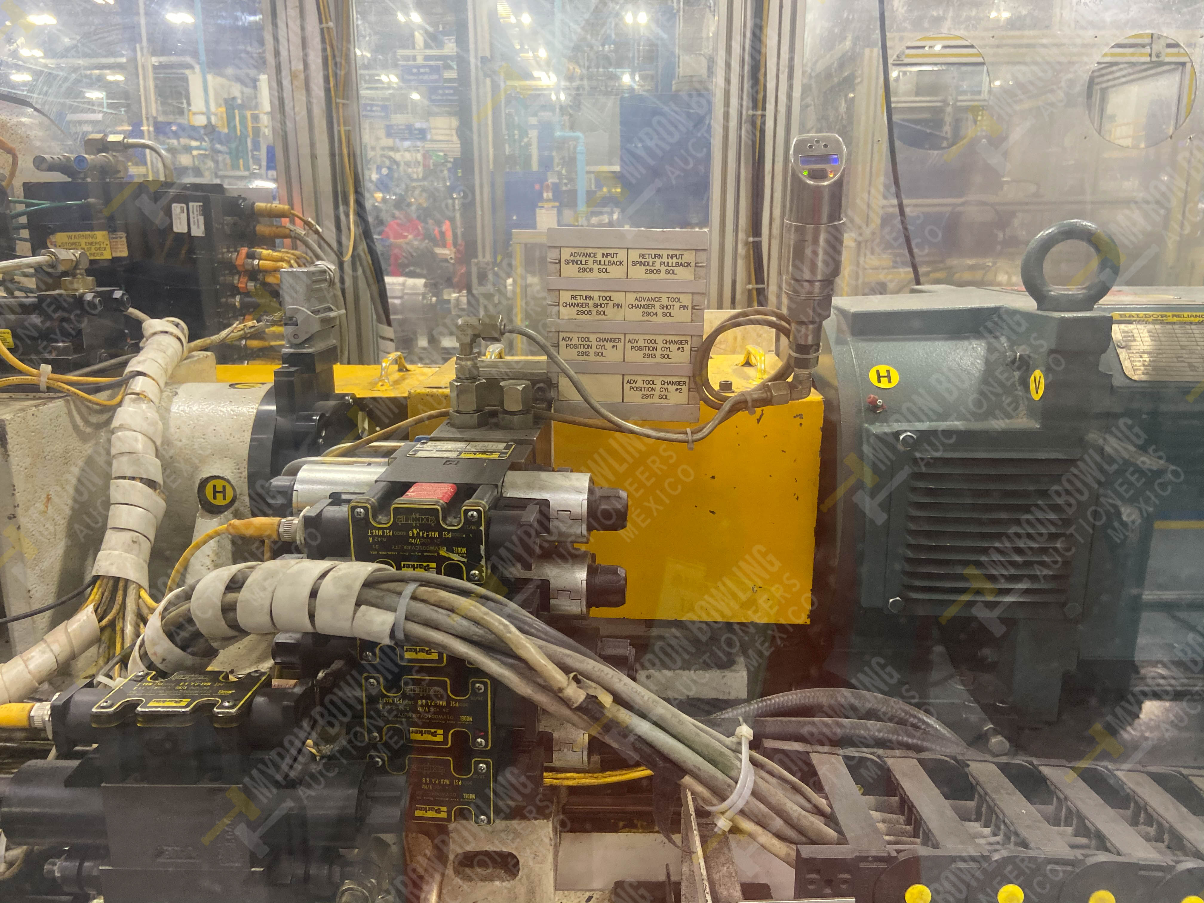 Estación semiautomática para operación 435, contiene: Máquina dinamómetro con sistema de revolución - Image 13 of 28