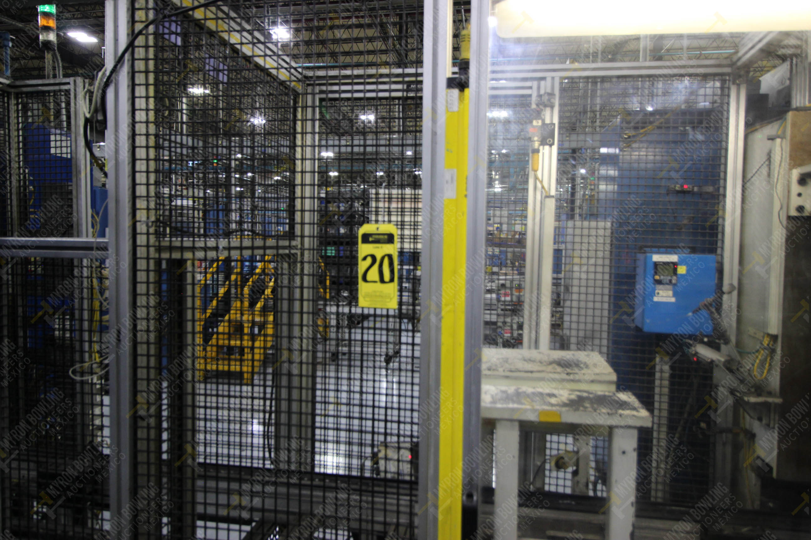 Estación semiautomática para operación 340, contiene: Prensa en estructura de placa de acero - Image 16 of 32