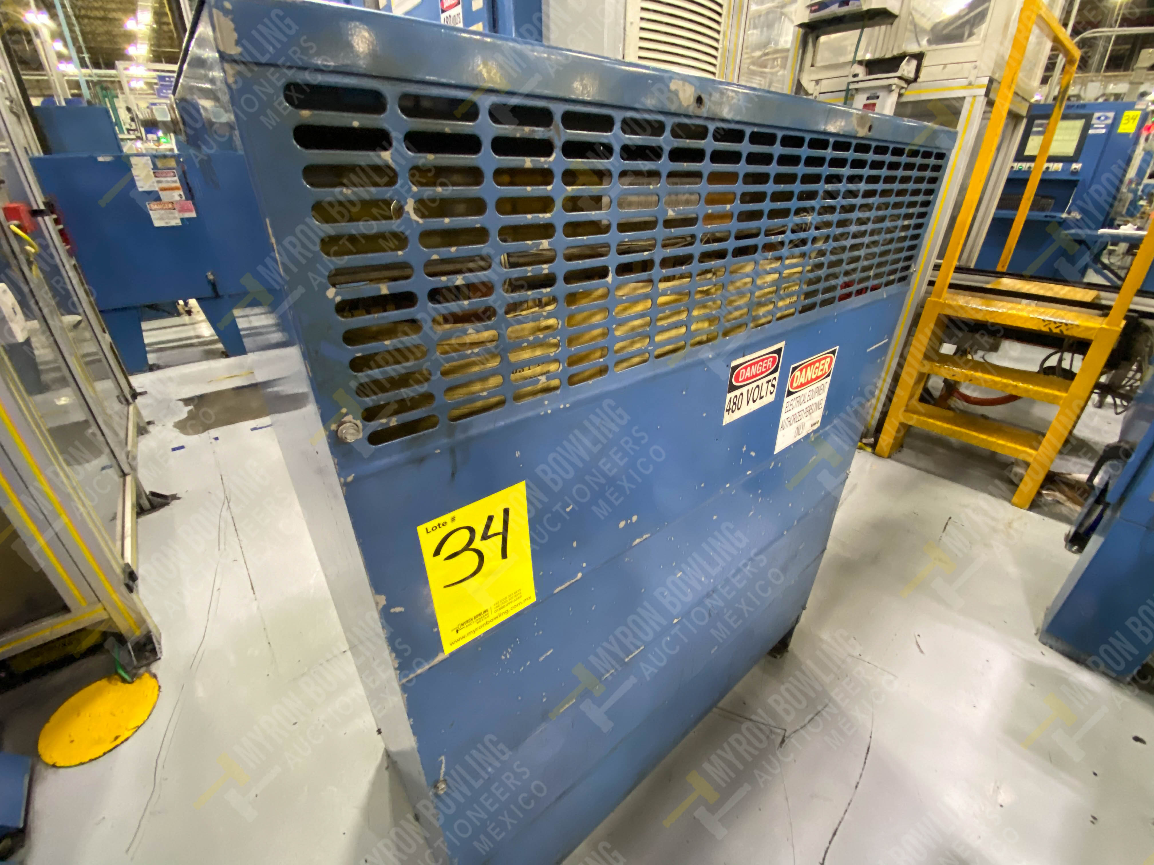 Estación semiautomática para operación 435, contiene: Máquina dinamómetro con sistema de revolución - Image 26 of 28