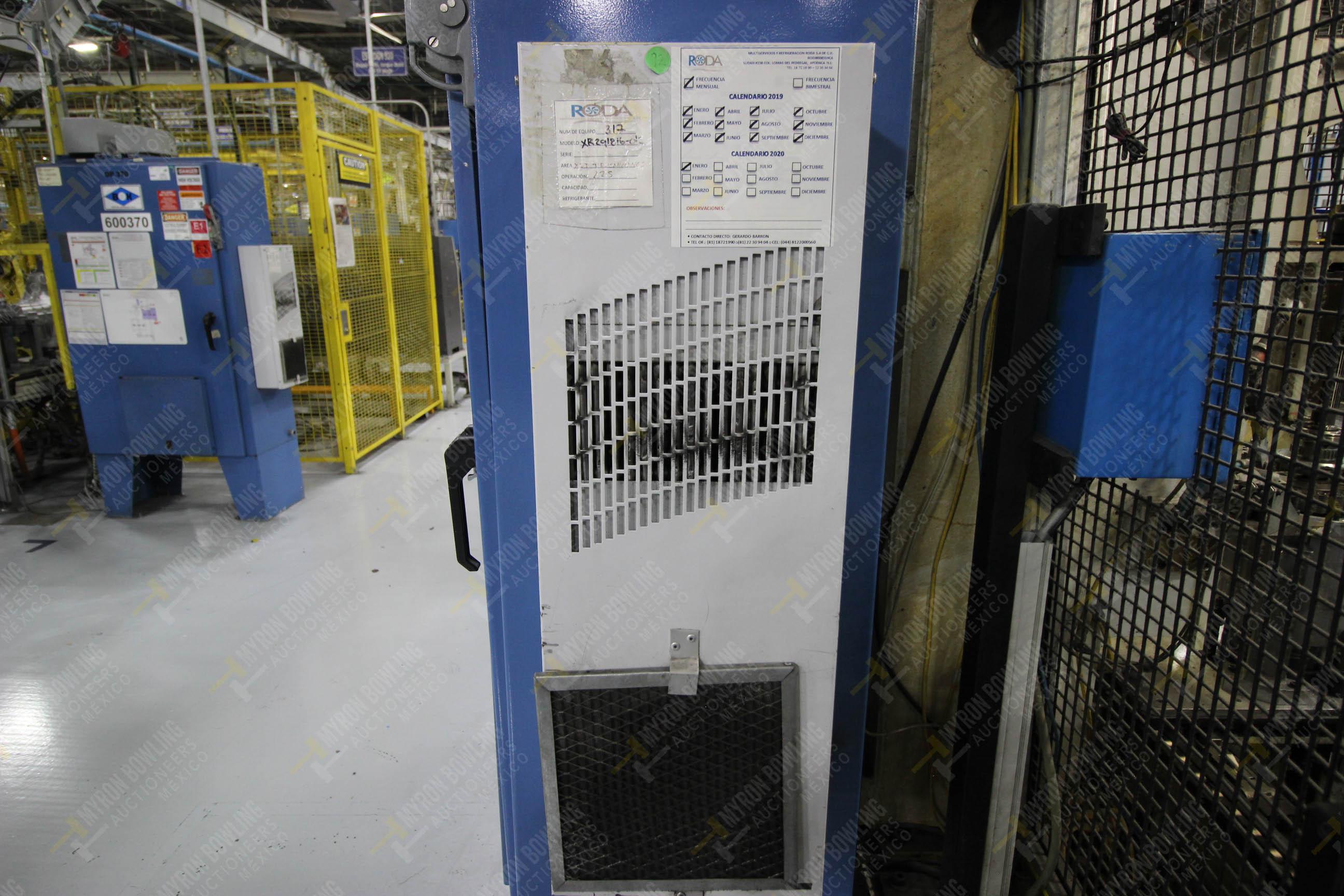 Estación semiautomática para operación 340, contiene: Prensa en estructura de placa de acero - Image 28 of 32