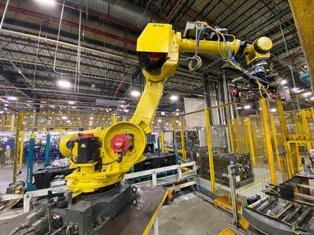 Robot con capacidad de carga de 50-100 Kg, controlador de robot y teach pendant - Image 16 of 22