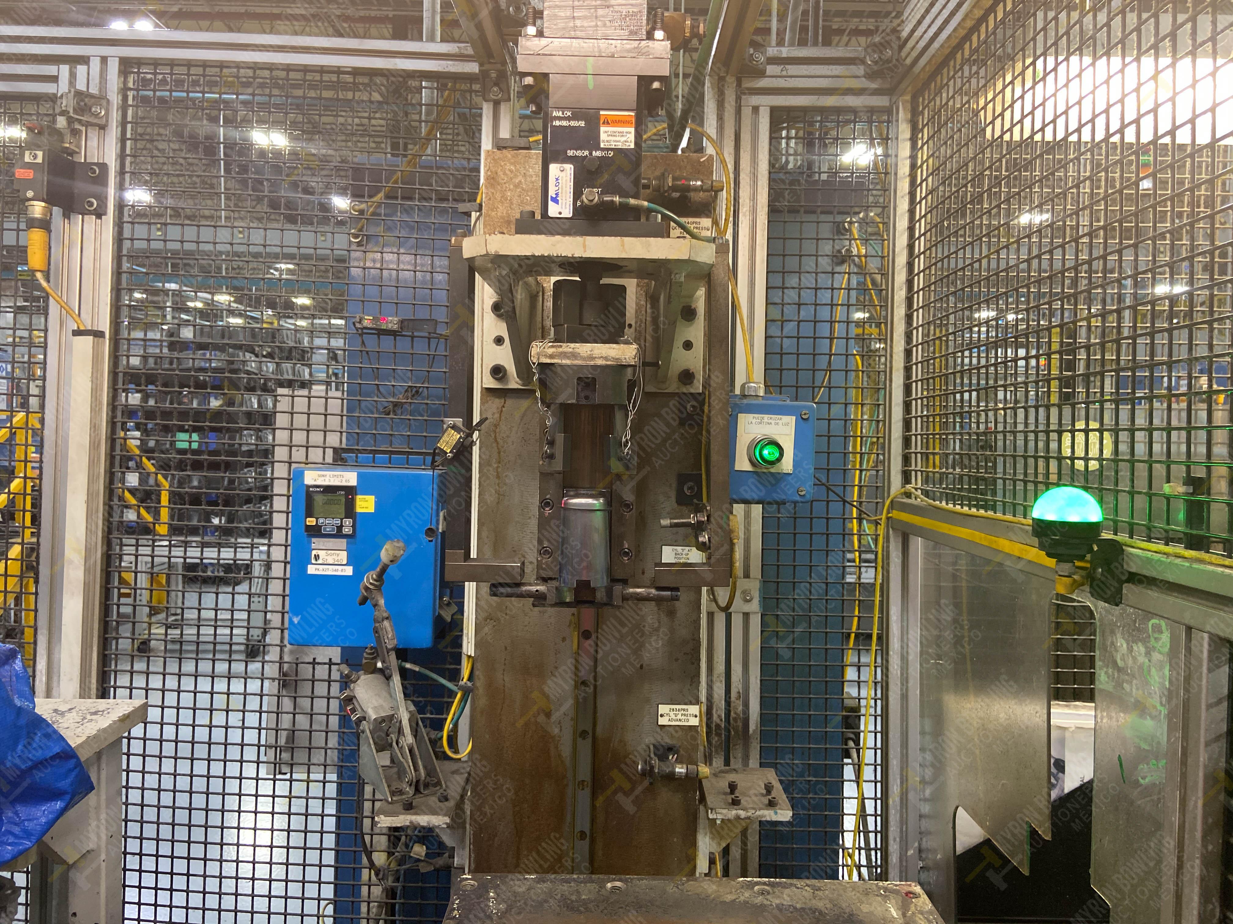 Estación semiautomática para operación 340, contiene: Prensa en estructura de placa de acero - Image 6 of 32