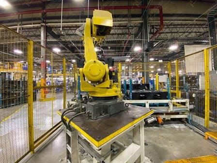 Robot con capacidad de carga de 50-100 Kg, controlador de robot y teach pendant - Image 9 of 22