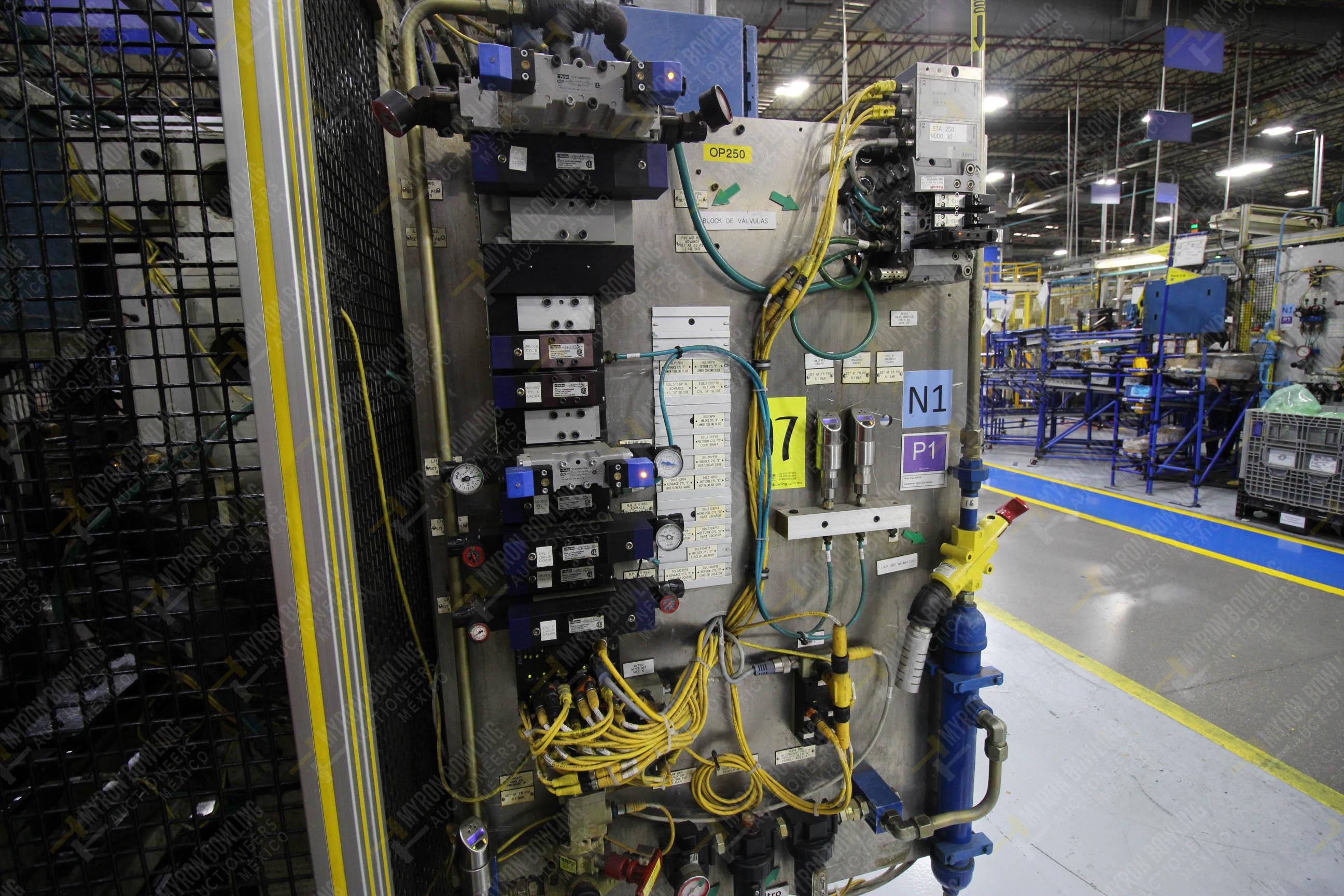 Estación semiautomática para operación 250 de ensamble de candado, contiene - Image 13 of 21