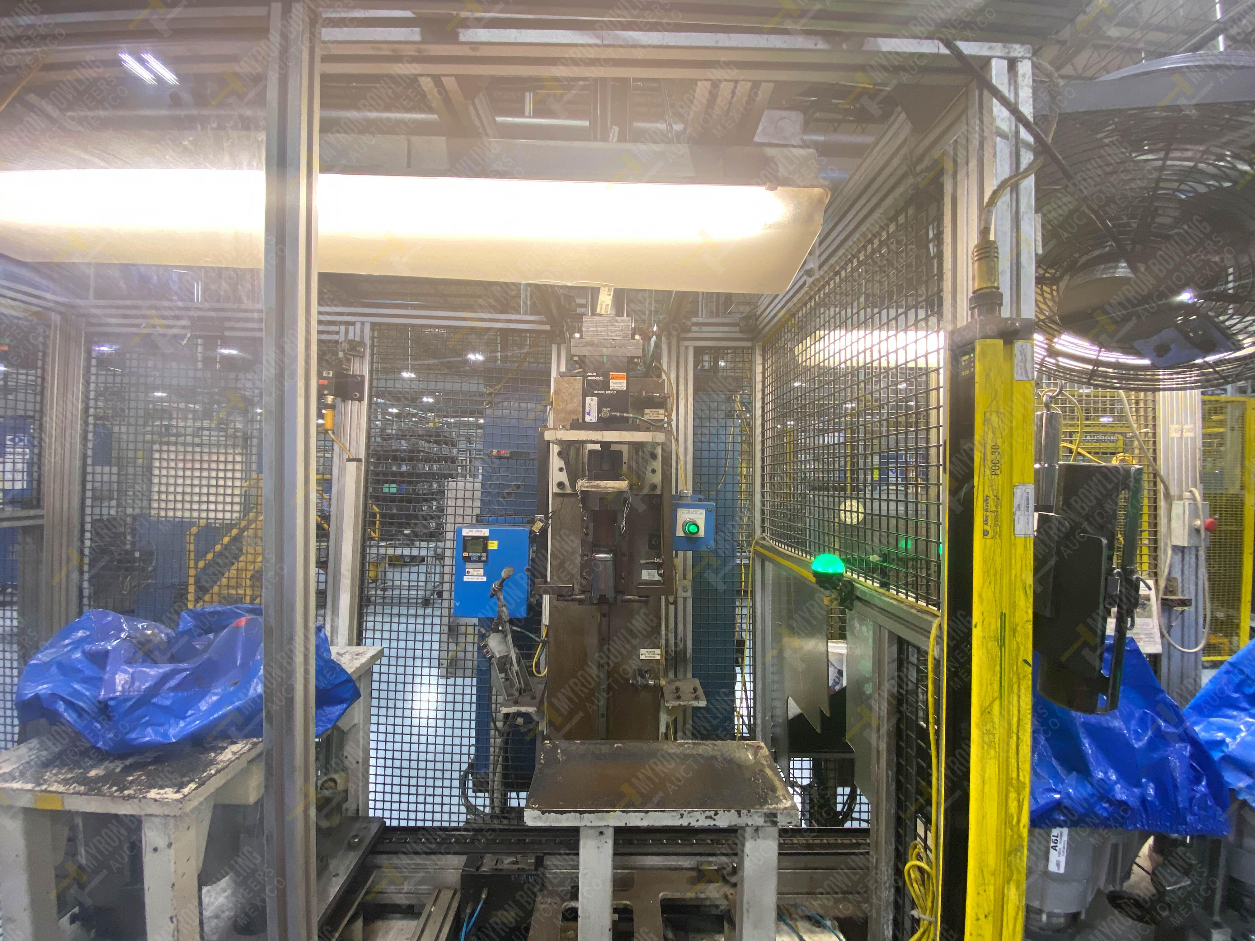 Estación semiautomática para operación 340, contiene: Prensa en estructura de placa de acero - Image 12 of 32