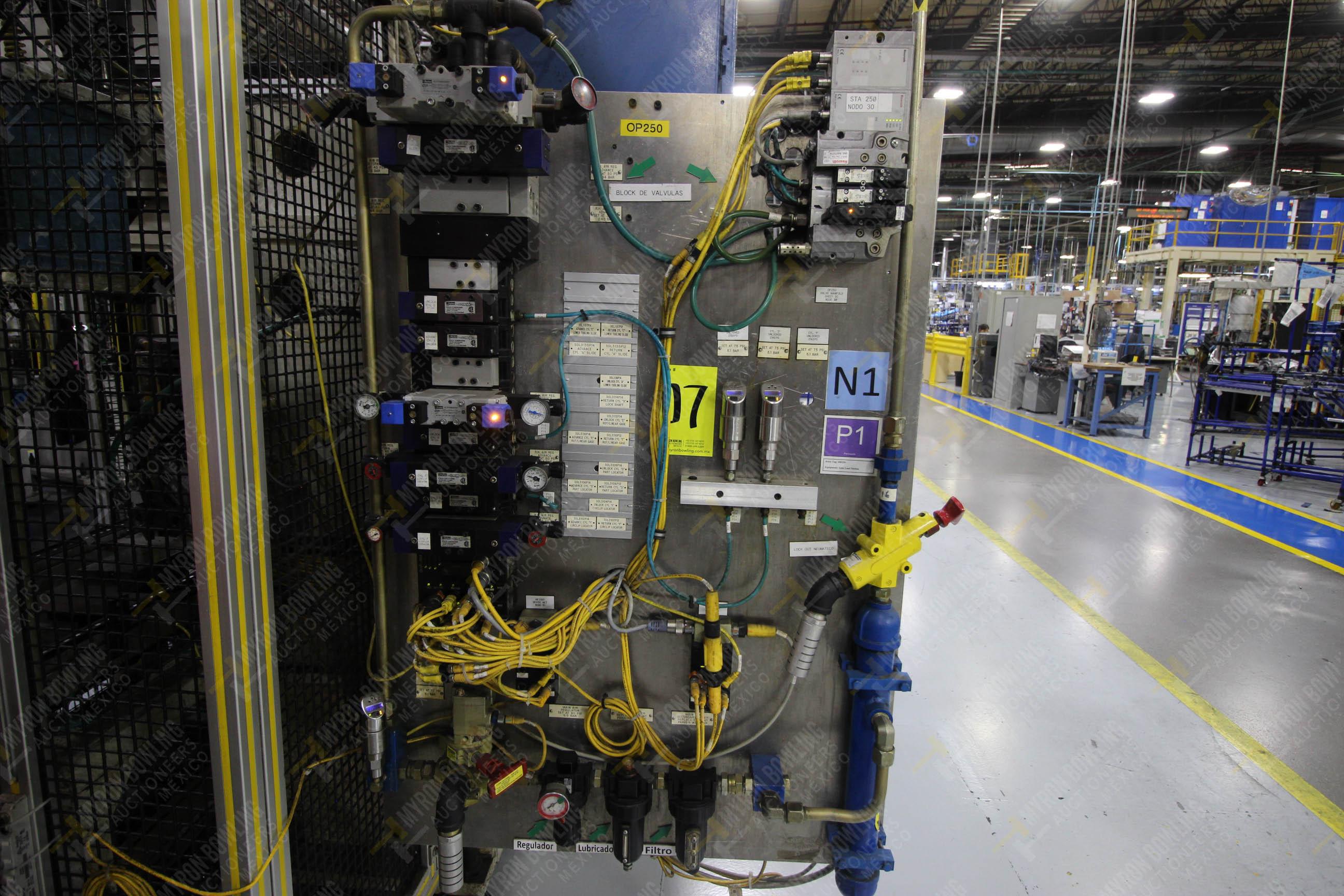 Estación semiautomática para operación 250 de ensamble de candado, contiene - Image 11 of 21