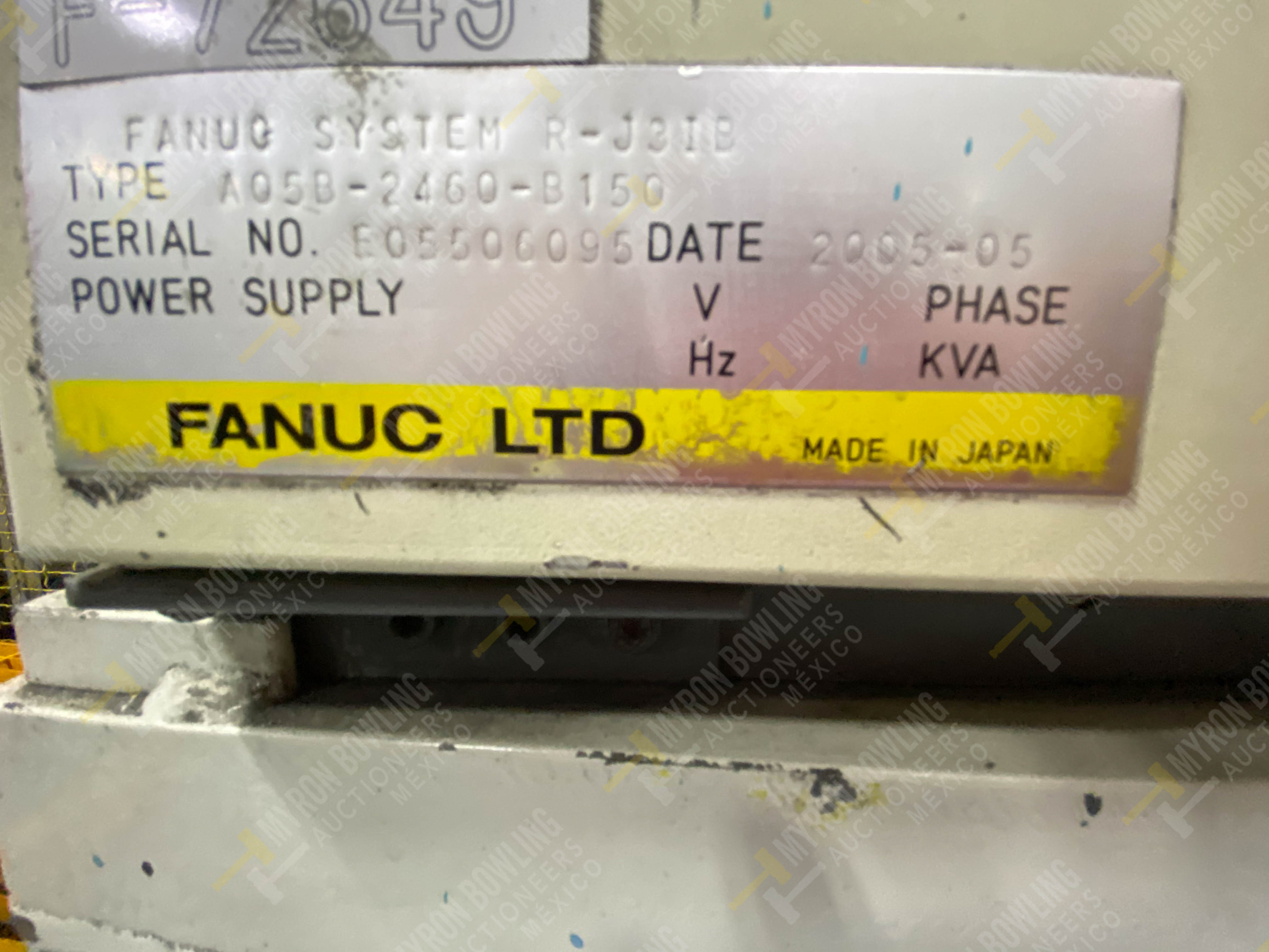 Robot marca Fanuc con capacidad de carga de 15-30 Kg, controlador de robot y teach pendant - Image 6 of 14