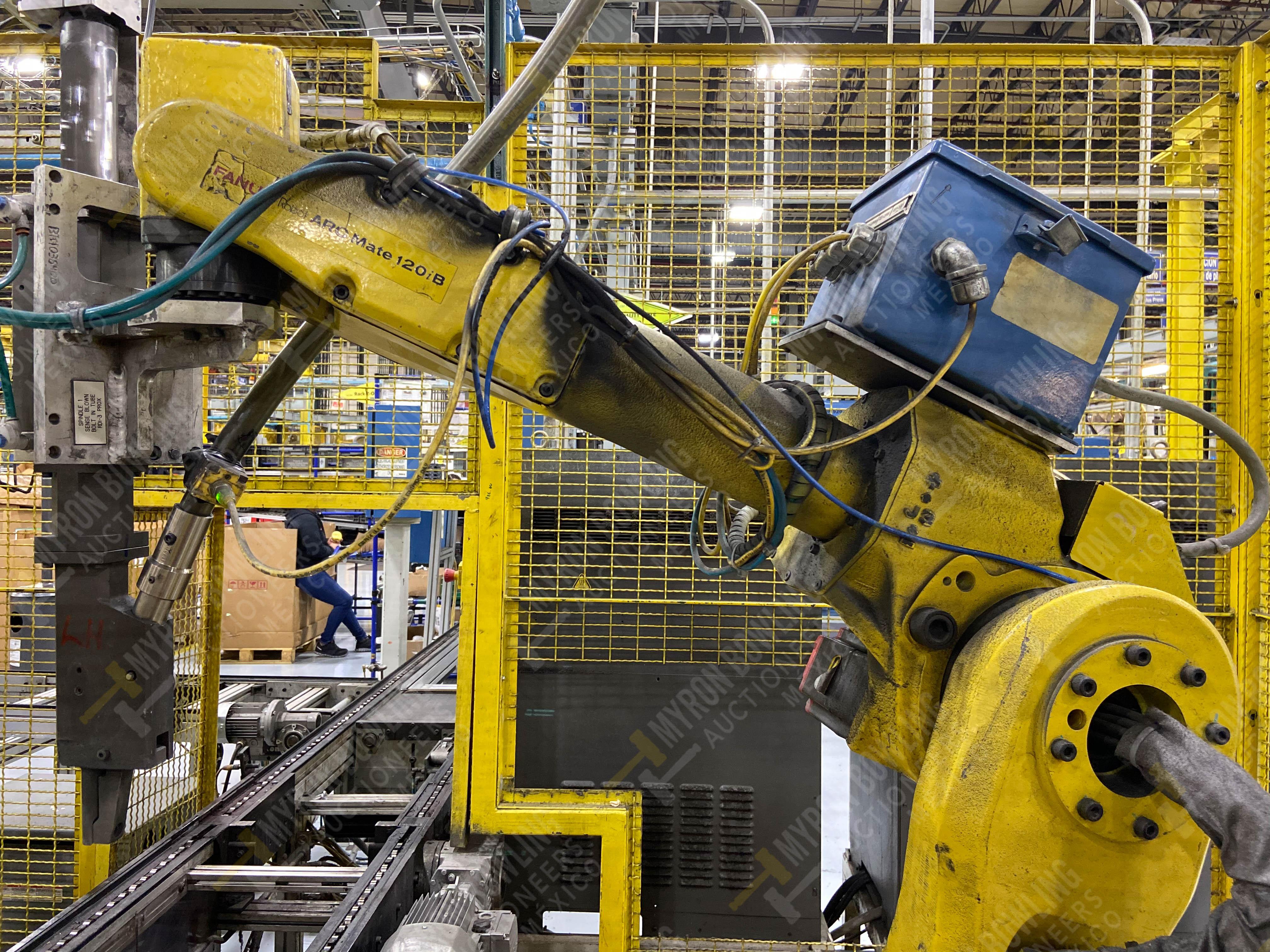 Robot con capacidad de carga de 15-30 Kg, controlador de robot y teach pendant - Image 5 of 17