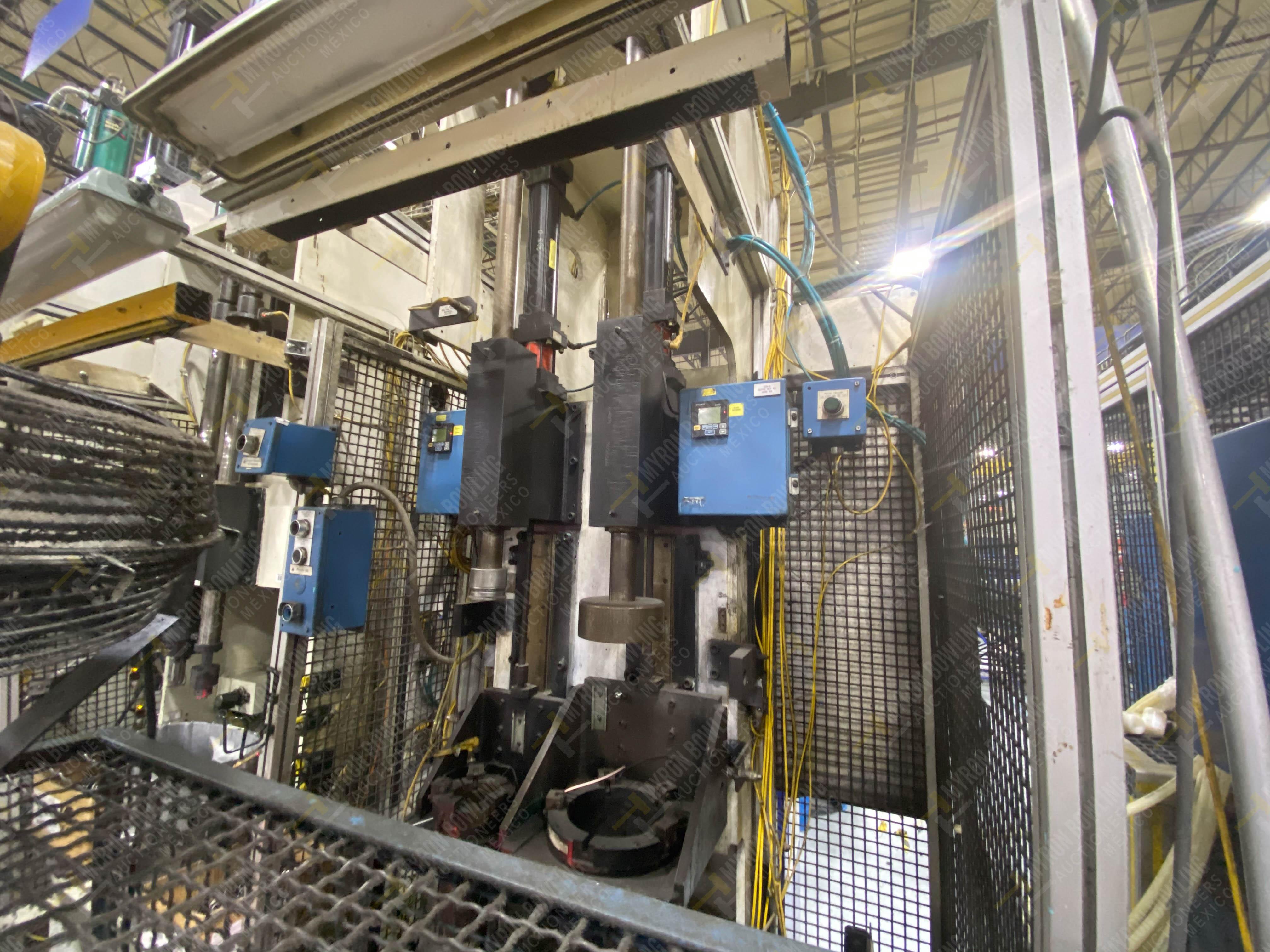 Estación semiautomática para operación 305D, contiene: Prensa tipo cuello de ganso con dos cilindros