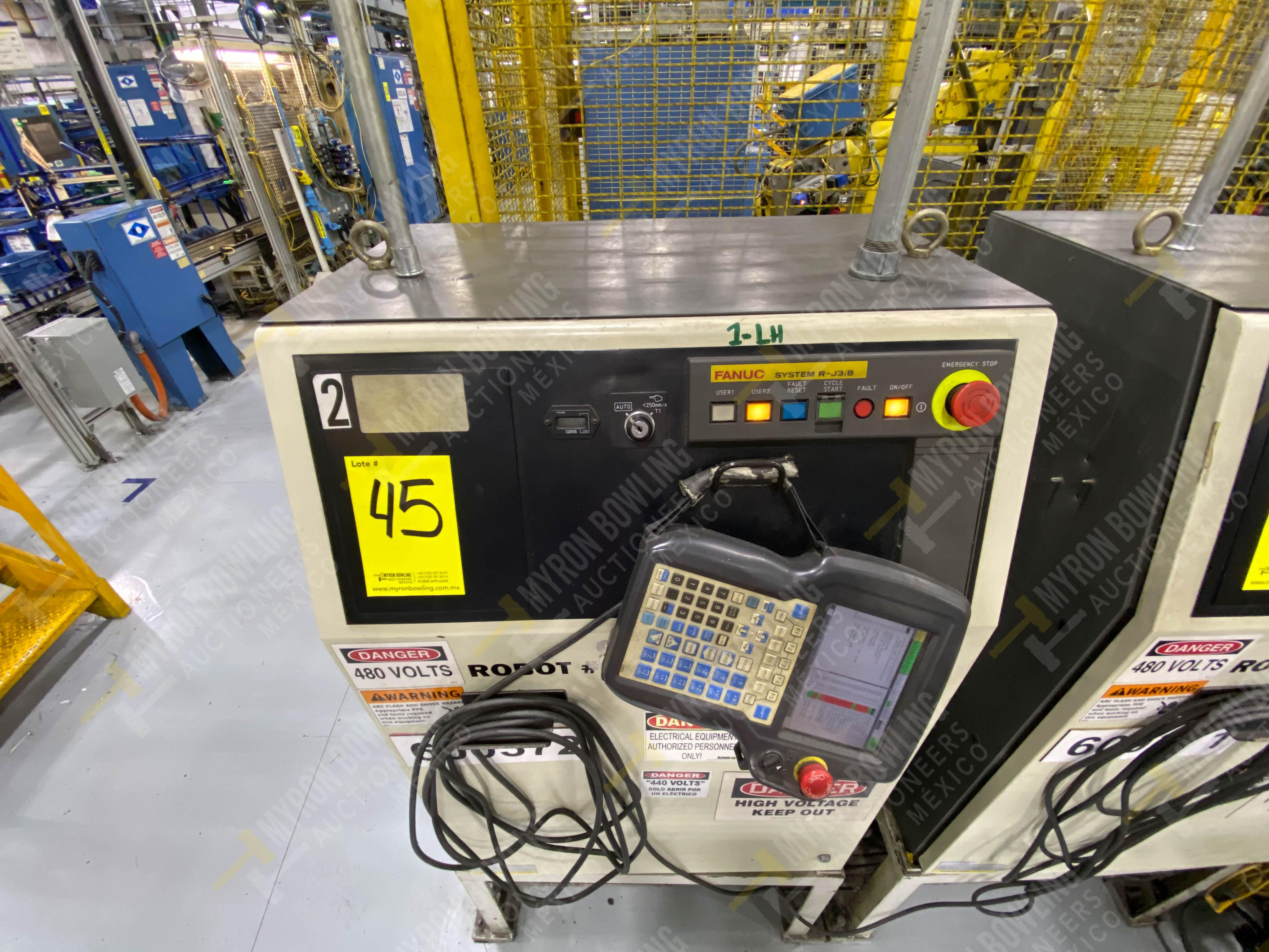 Robot con capacidad de carga de 15-30 Kg, controlador de robot y teach pendant - Image 5 of 12