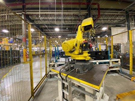 Robot con capacidad de carga de 50-100 Kg, controlador de robot y teach pendant - Image 3 of 22