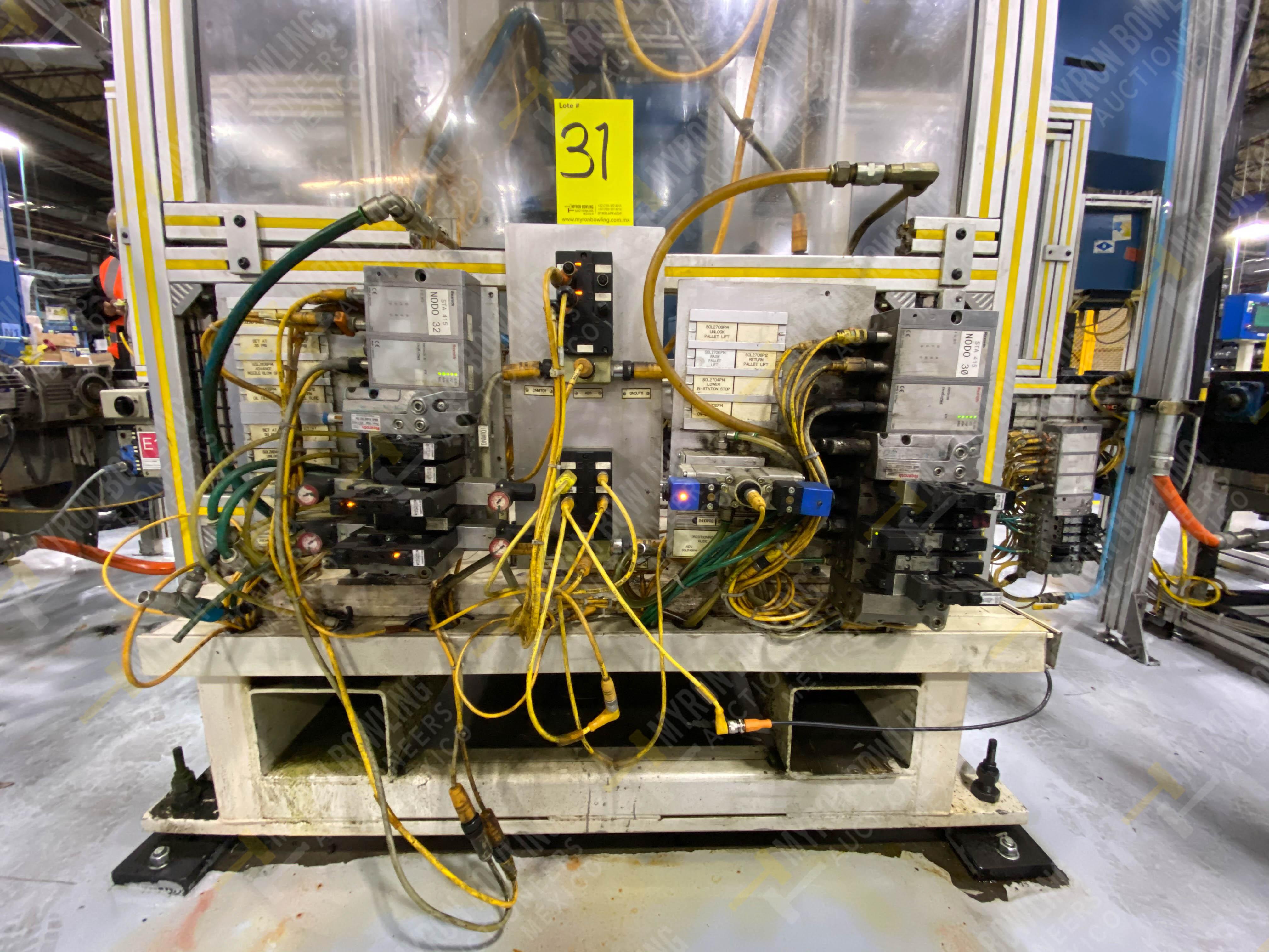 Estación semiautomática para operación 416, contiene: Sistema de llenado de aceite - Image 16 of 20