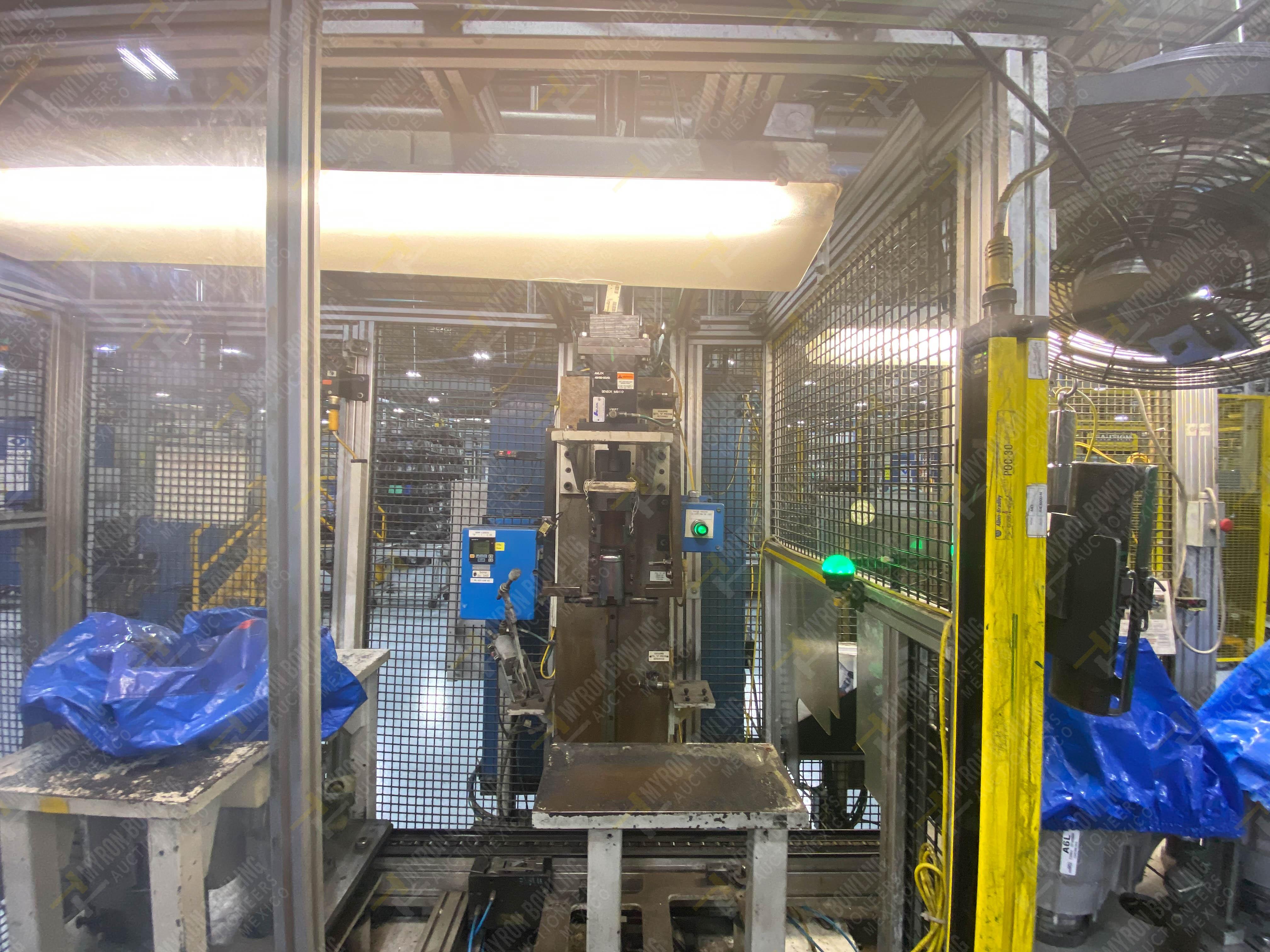 Estación semiautomática para operación 340, contiene: Prensa en estructura de placa de acero - Image 14 of 32