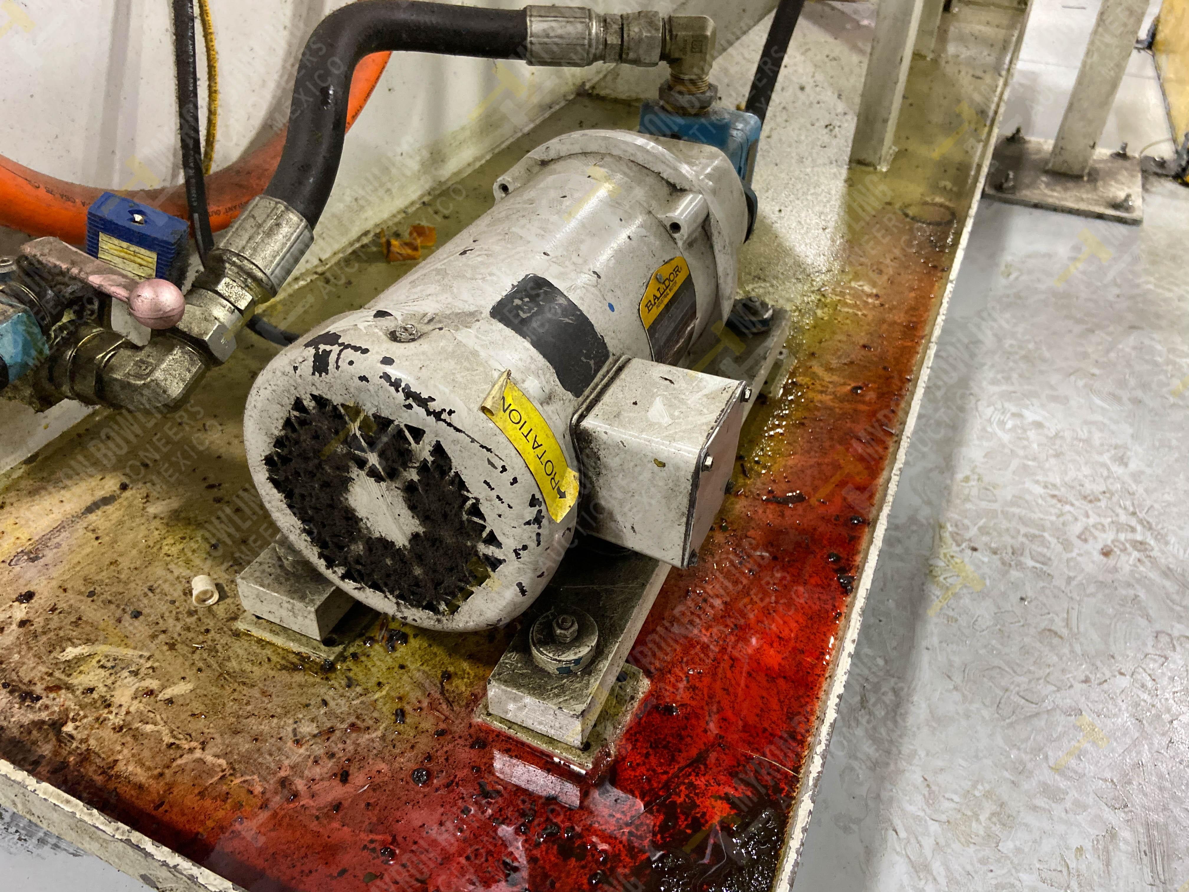 Bomba de aceite y filtros para el llenado de housings en lote 30 y 31. - Image 15 of 30