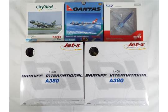 Herpa and Dragon - five boxed diecast airplanes 1:200 scale, 1:400