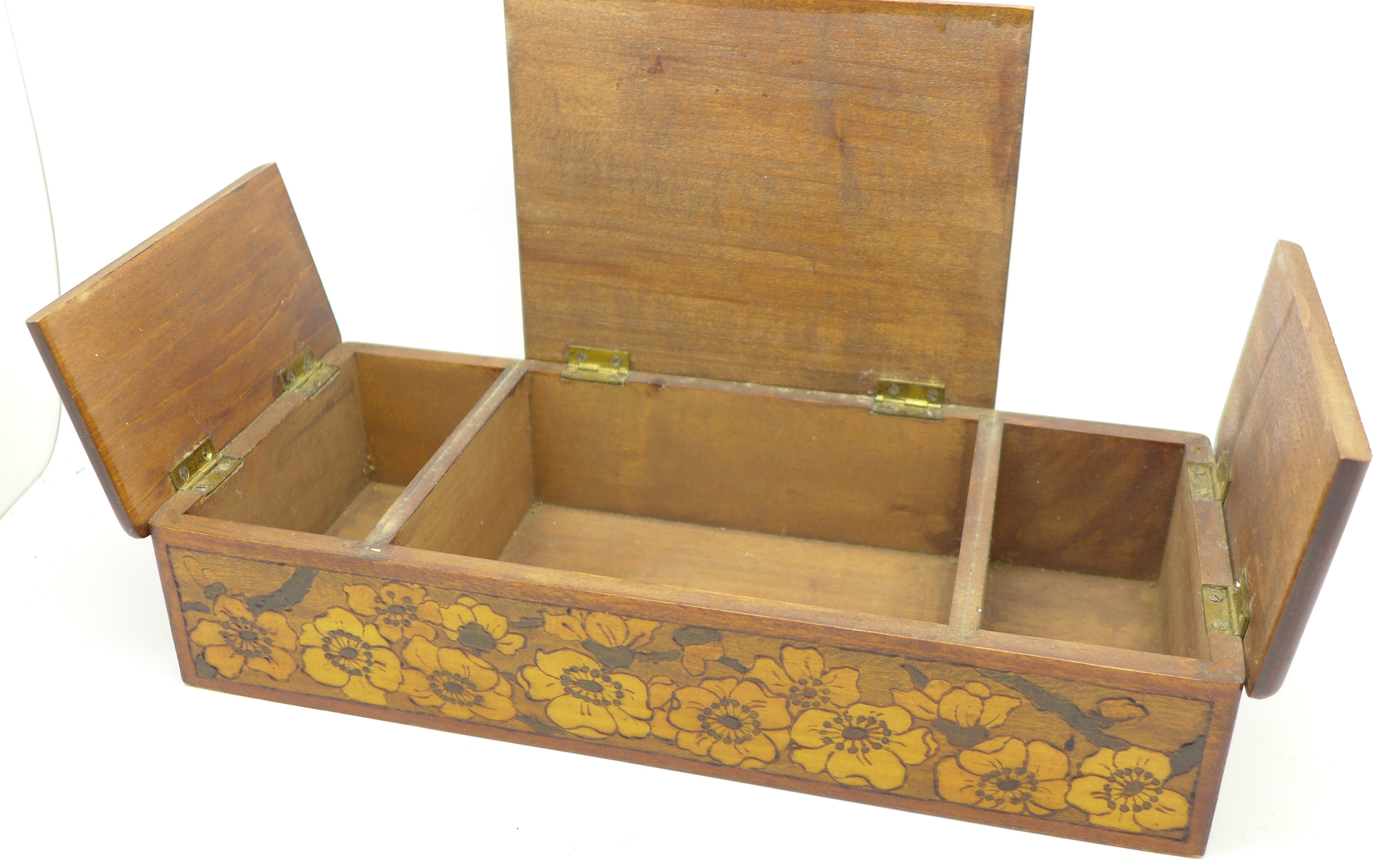 Lot 640B - An early 20th Century pokerwork box decorated with dogs,
