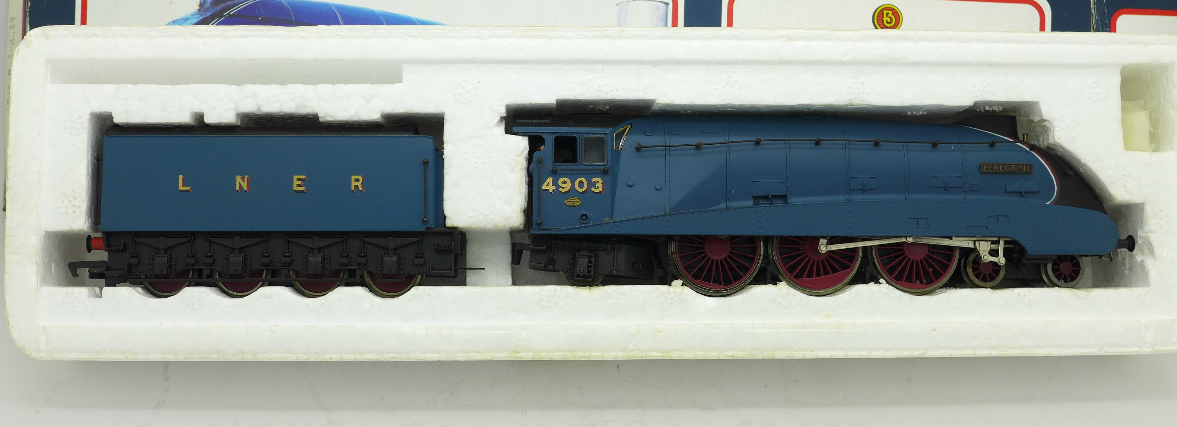 Lot 620 - A Bachmann OO gauge 4-6-2 Peregrine model locomotive,