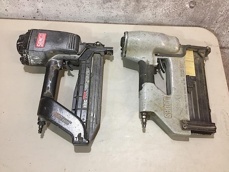 Lot 11 - LOT OF 2 STAPLE GUNS