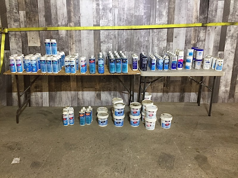 Lot 55 - LOT OF POOL SUPPLIES