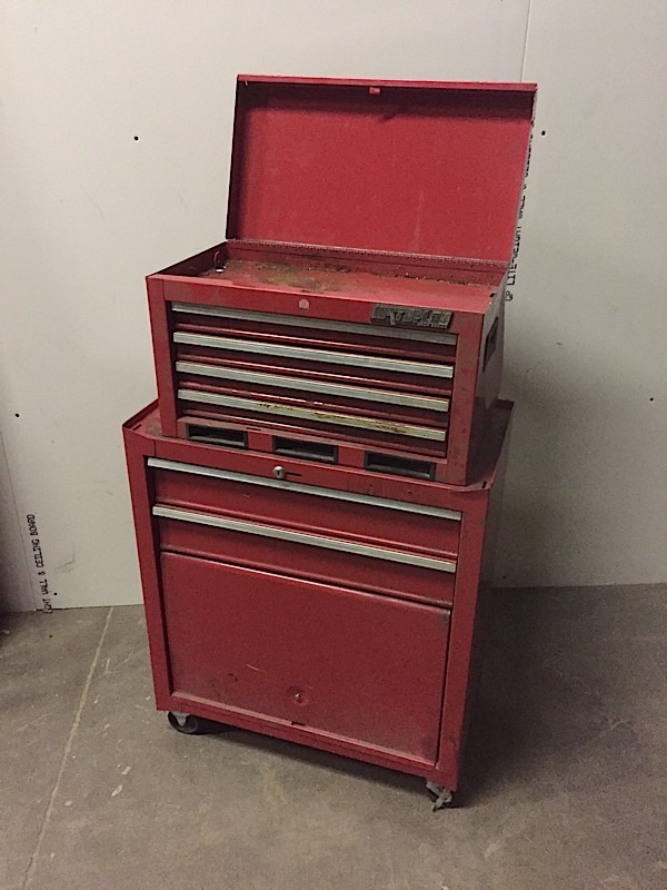 Lot 5 - RED TOOL BOX