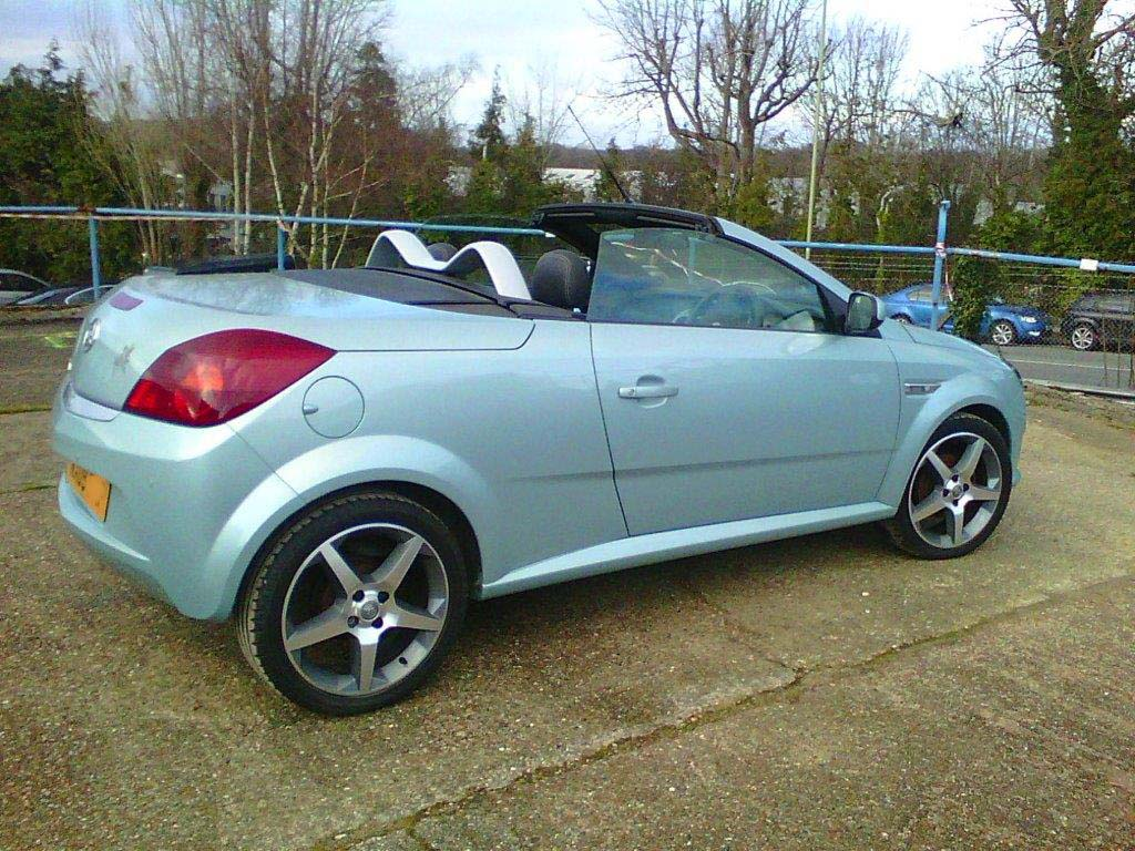 vauxhall tigra coupe cabriolet roadster exclusive 16v petrol manual 5 speed charcoal. Black Bedroom Furniture Sets. Home Design Ideas