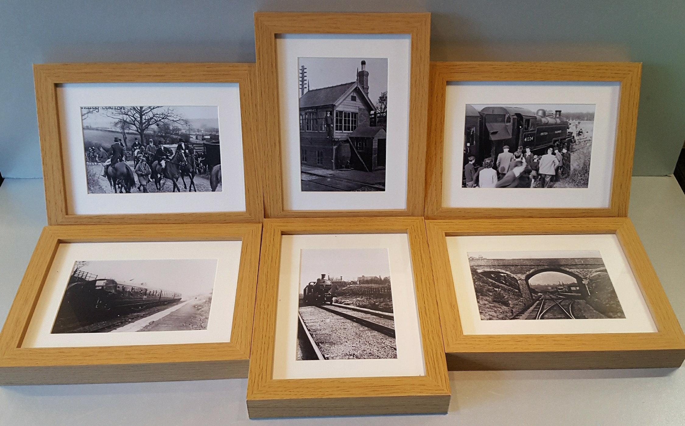 Lot 68 - Vintage 6 x Oak Framed Railway & Hunting Photographs Grindley Staffordshire NO RESERVE