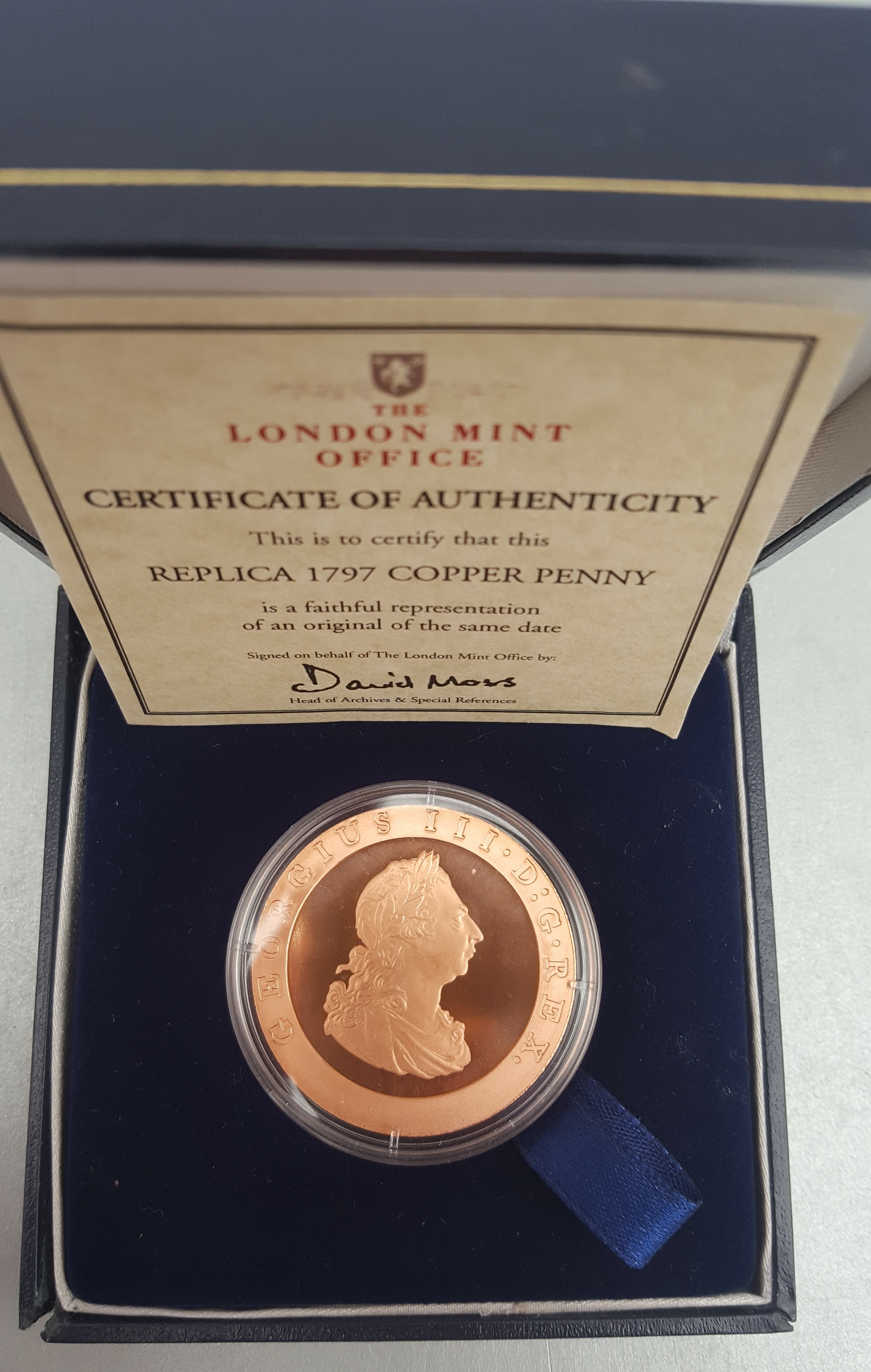 Lot 64 - Collectable Coin London Mint Office Replica 1797 Copper Penny