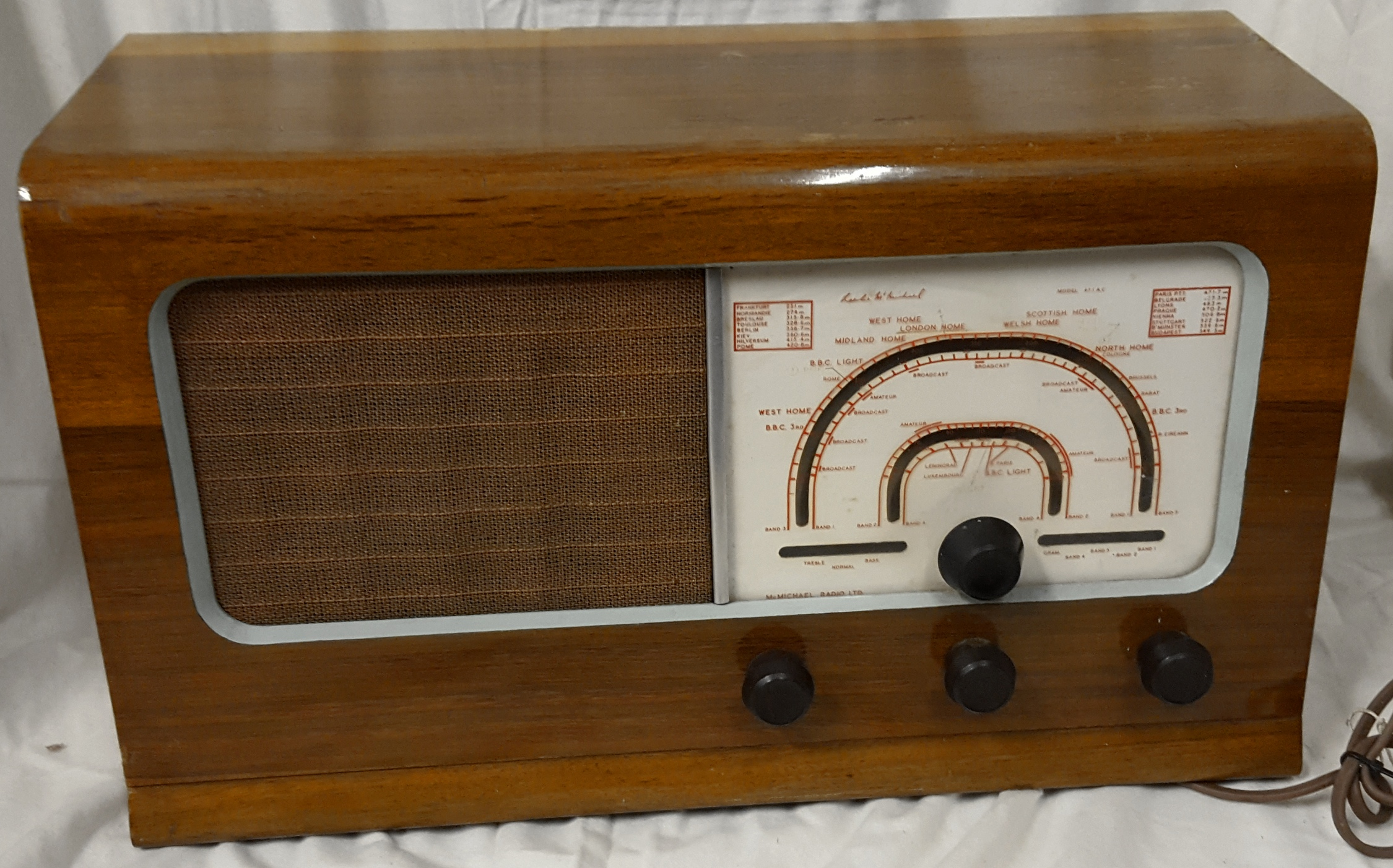 Antique Vintage Retro McMichael Wireless Radio Similar to Model 471U