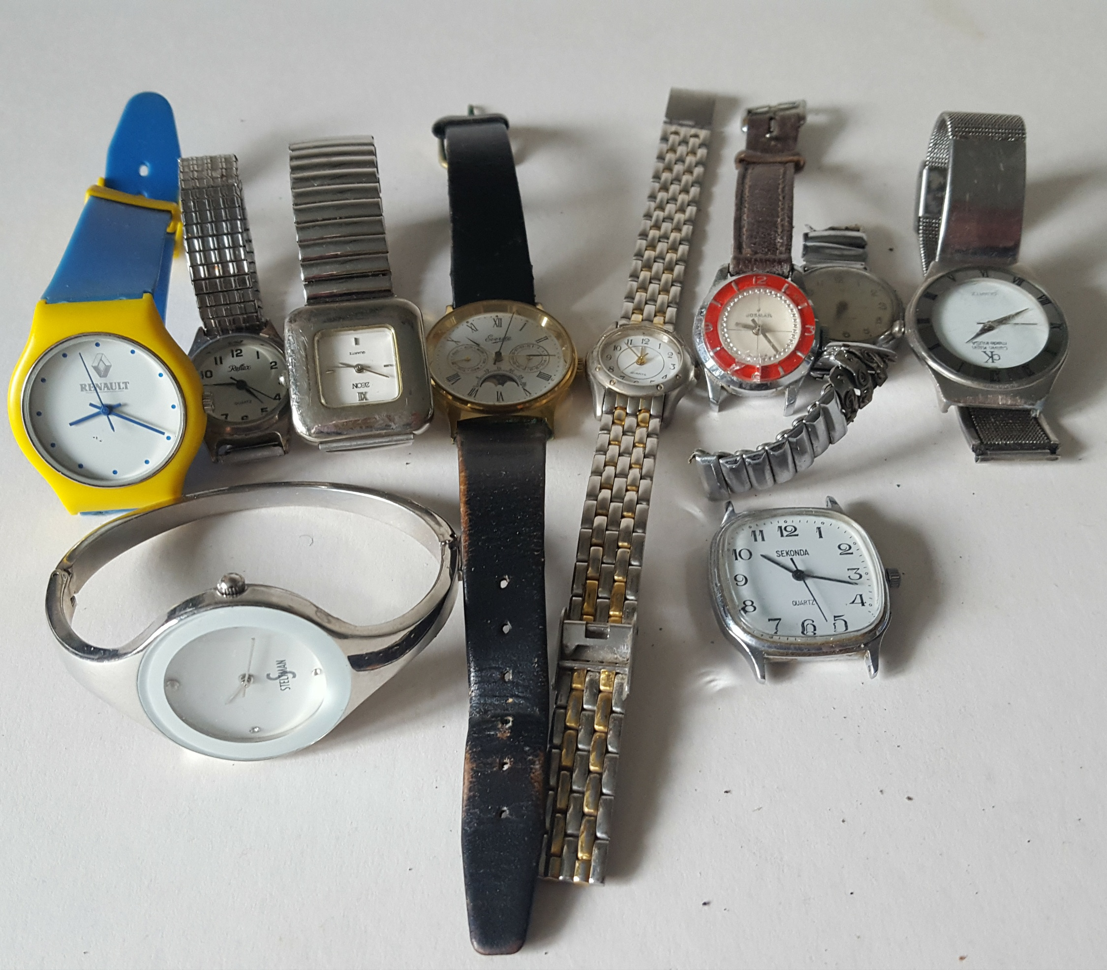 Lot 82 - Vintage Retro Parcel of 10 Assorted Wrist Watches NO RESERVE