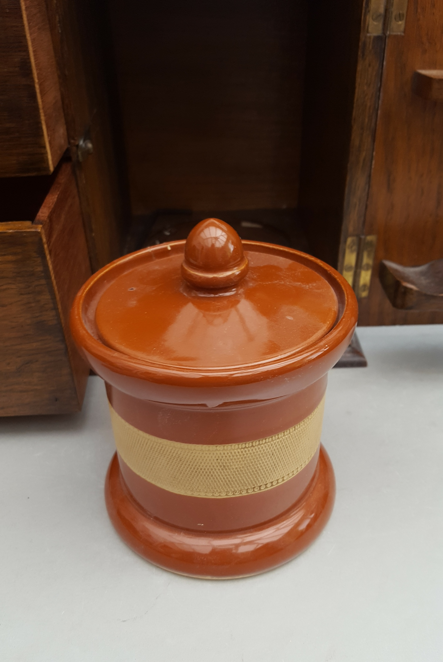 Lot 40 - Vintage Retro Oak Smokers Cabinet Jar A/F NO RESERVE