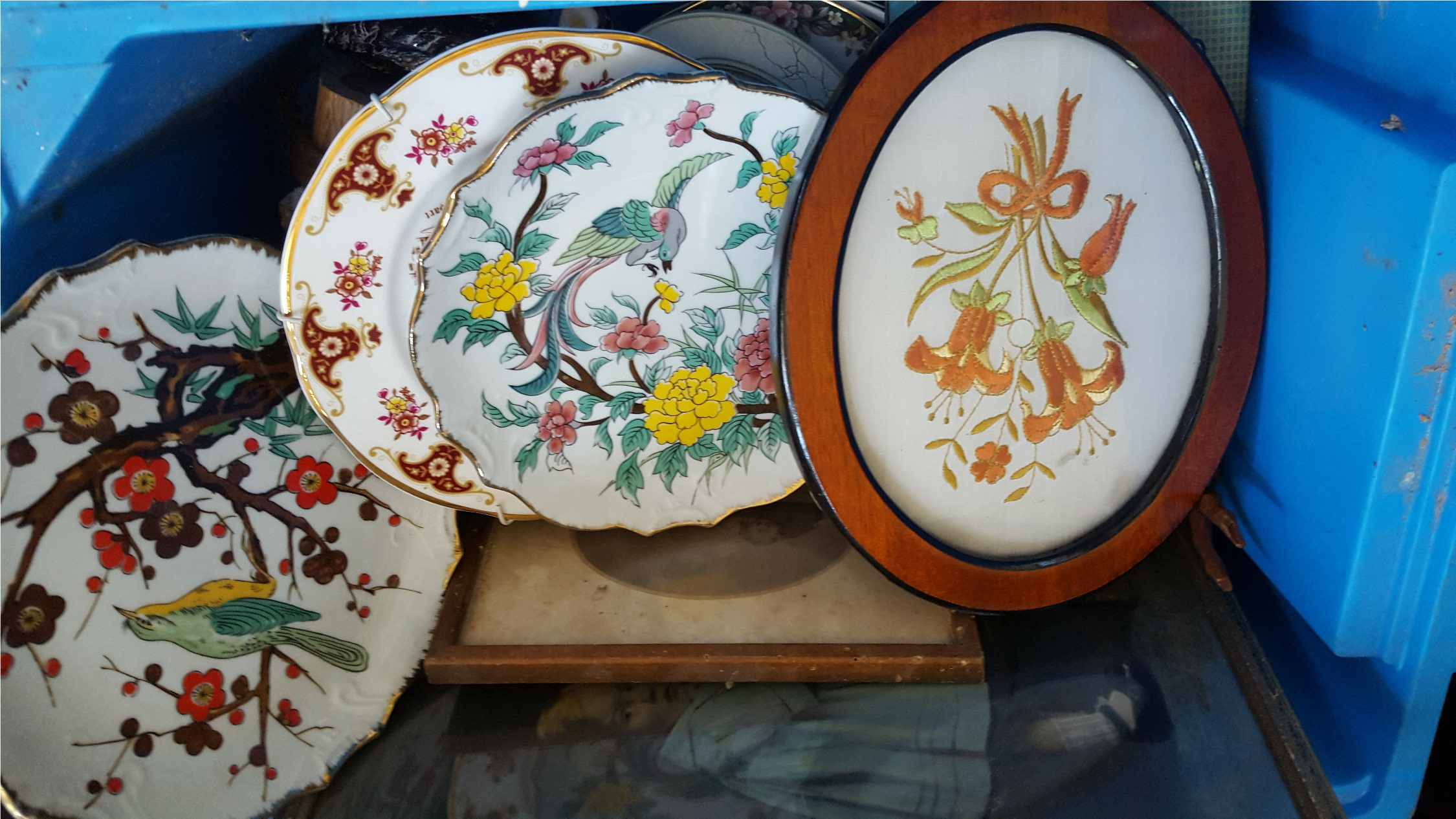 Lot 94 - Vintage Retro Box of Assorted Figures Plates Mirror & Pictures NO RESERVE