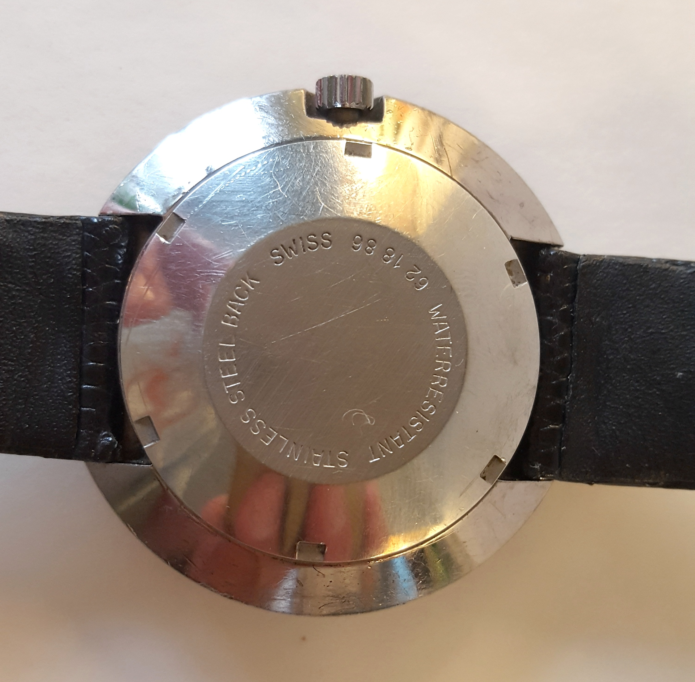 Lot 81 - Vintage Retro Rotary Wrist Watch Stainless Steel Space Helmet Design Fully Automatic Working