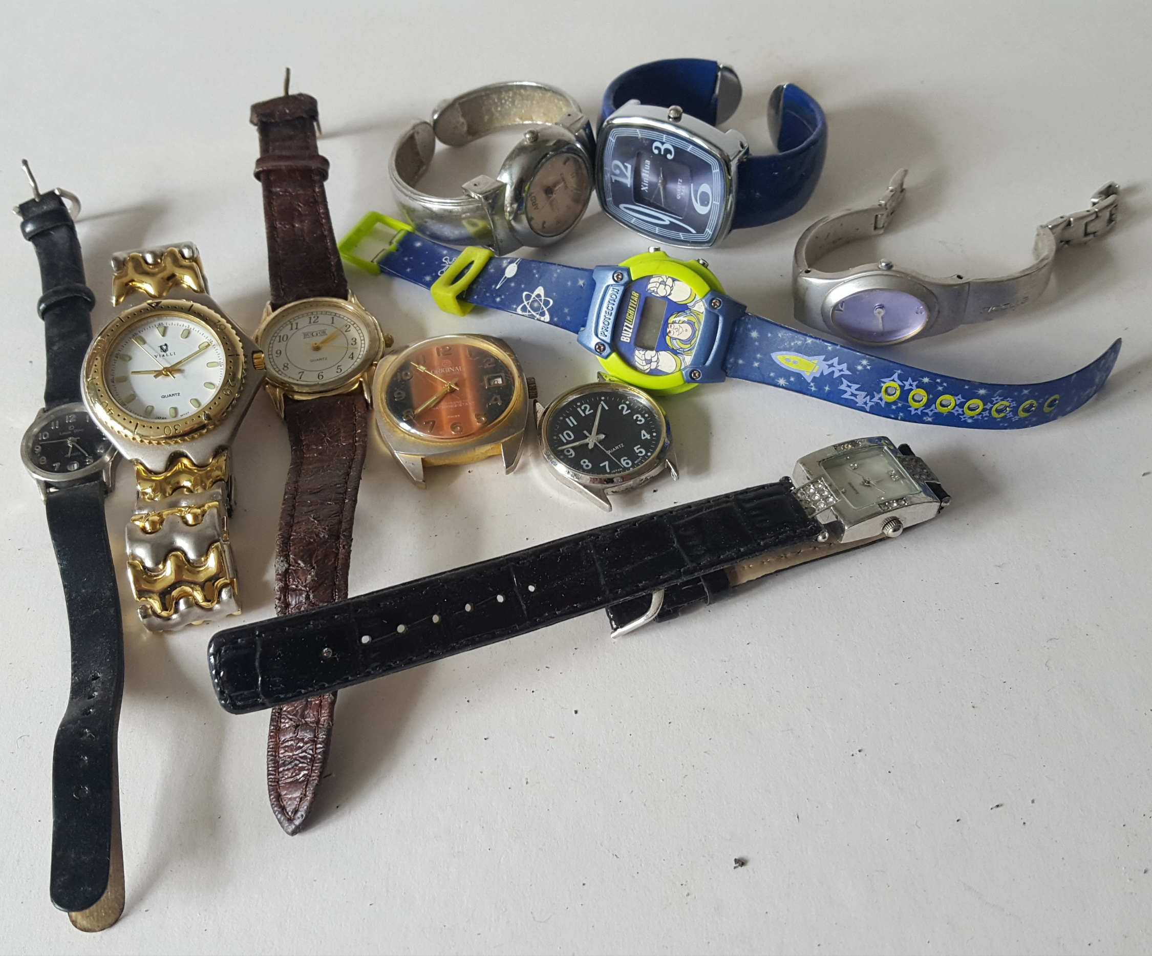 Lot 75 - Vintage Retro Parcel of 10 Assorted Wrist Watches NO RESERVE