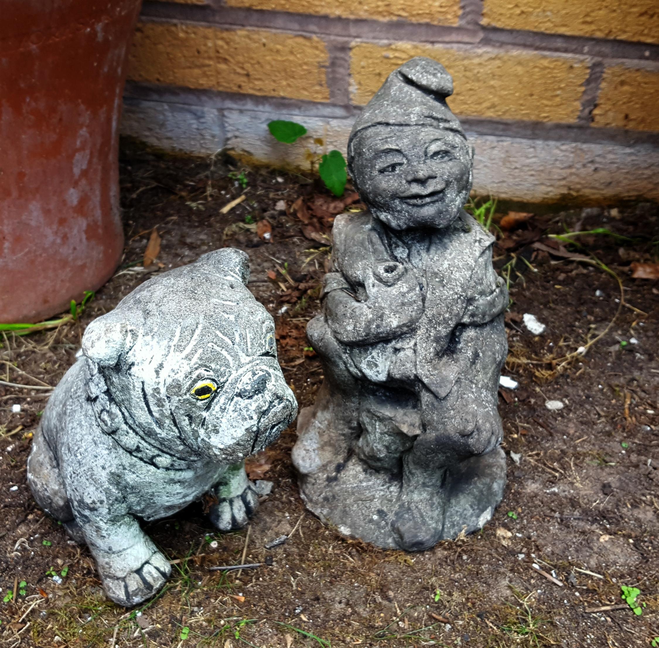 Lot 114 - Vintage Garden Ornaments Gnome & Bulldog Reconstituted Stone NO RESERVE