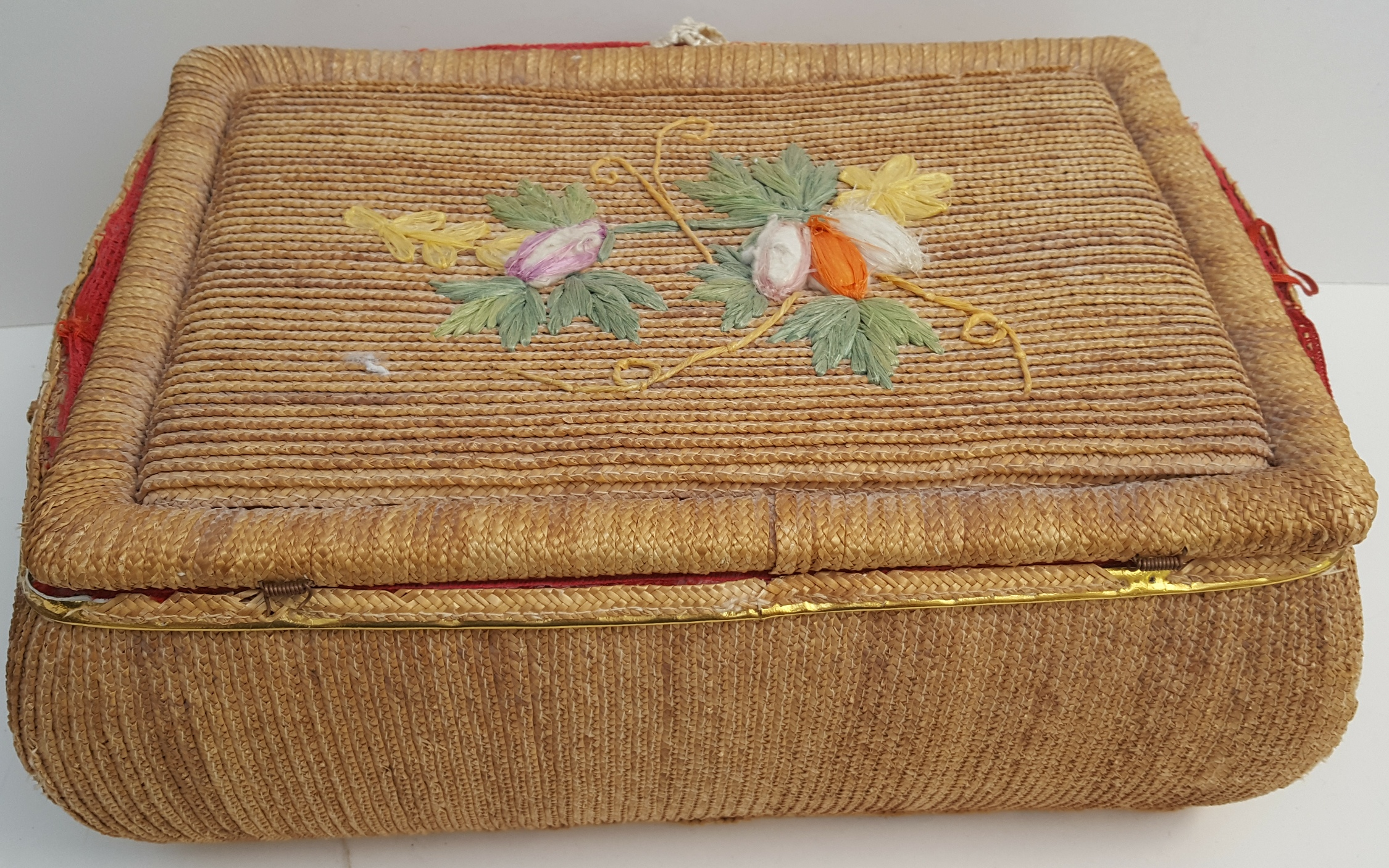 Vintage Retro 2 x Sewing Baskets & Any Contents NO RESERVE - Image 2 of 3