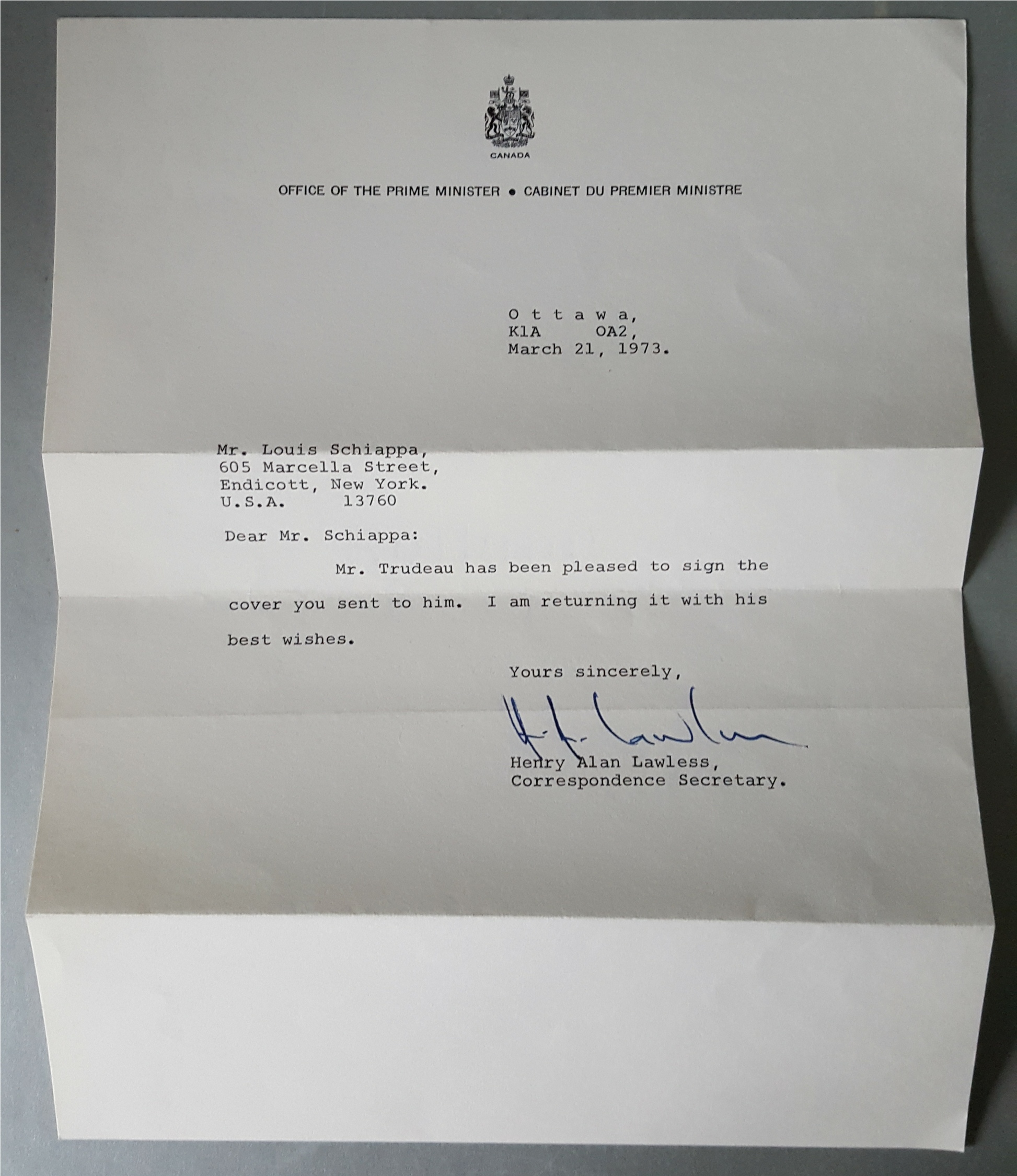 Lot 61 - Vintage Autographs USA President Richard Nixon & Canada Pierre Trudeau on First Day Cover 1972