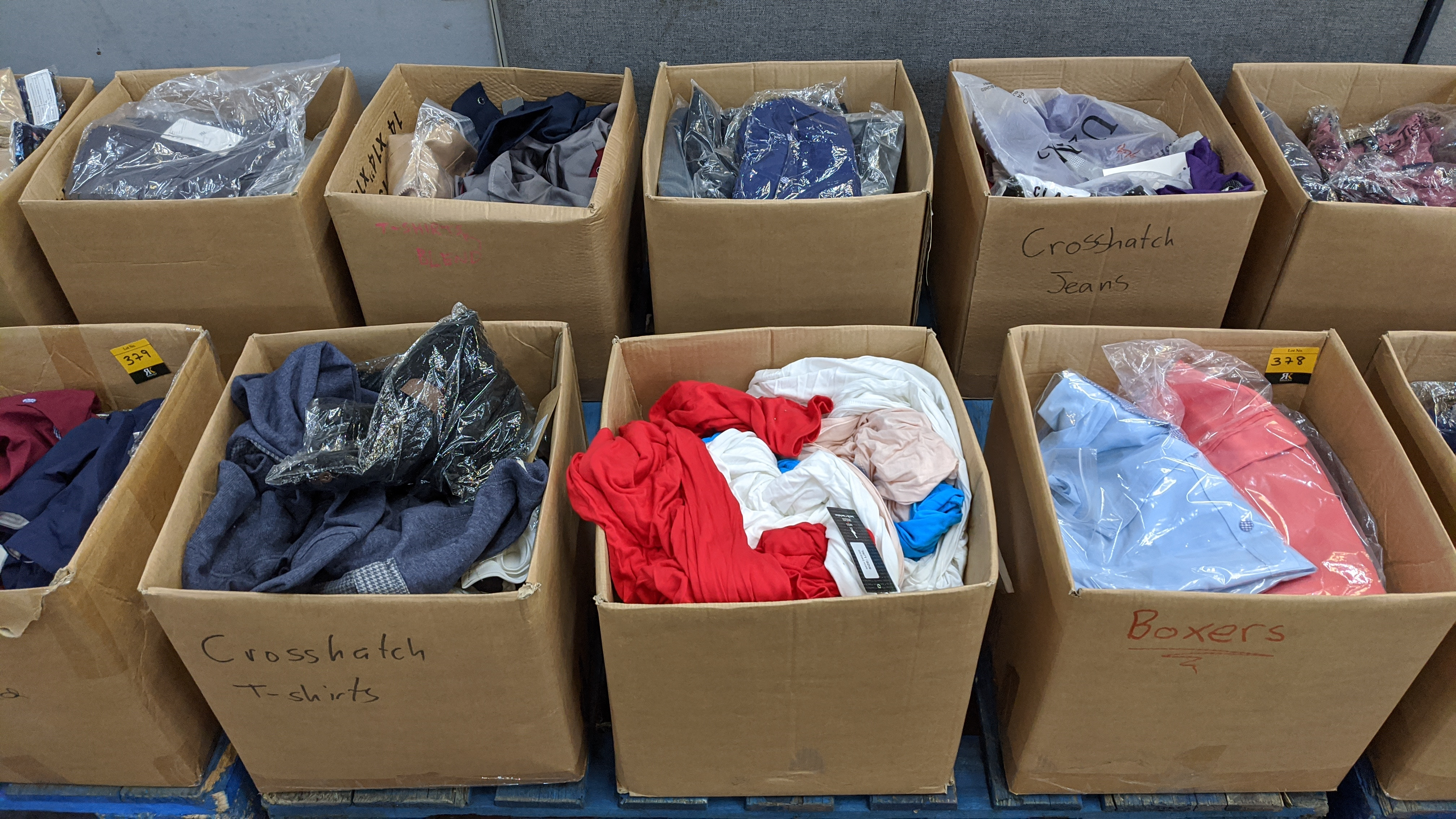 Very large quantity of primarily men's designer clothing & accessories. - Image 141 of 157