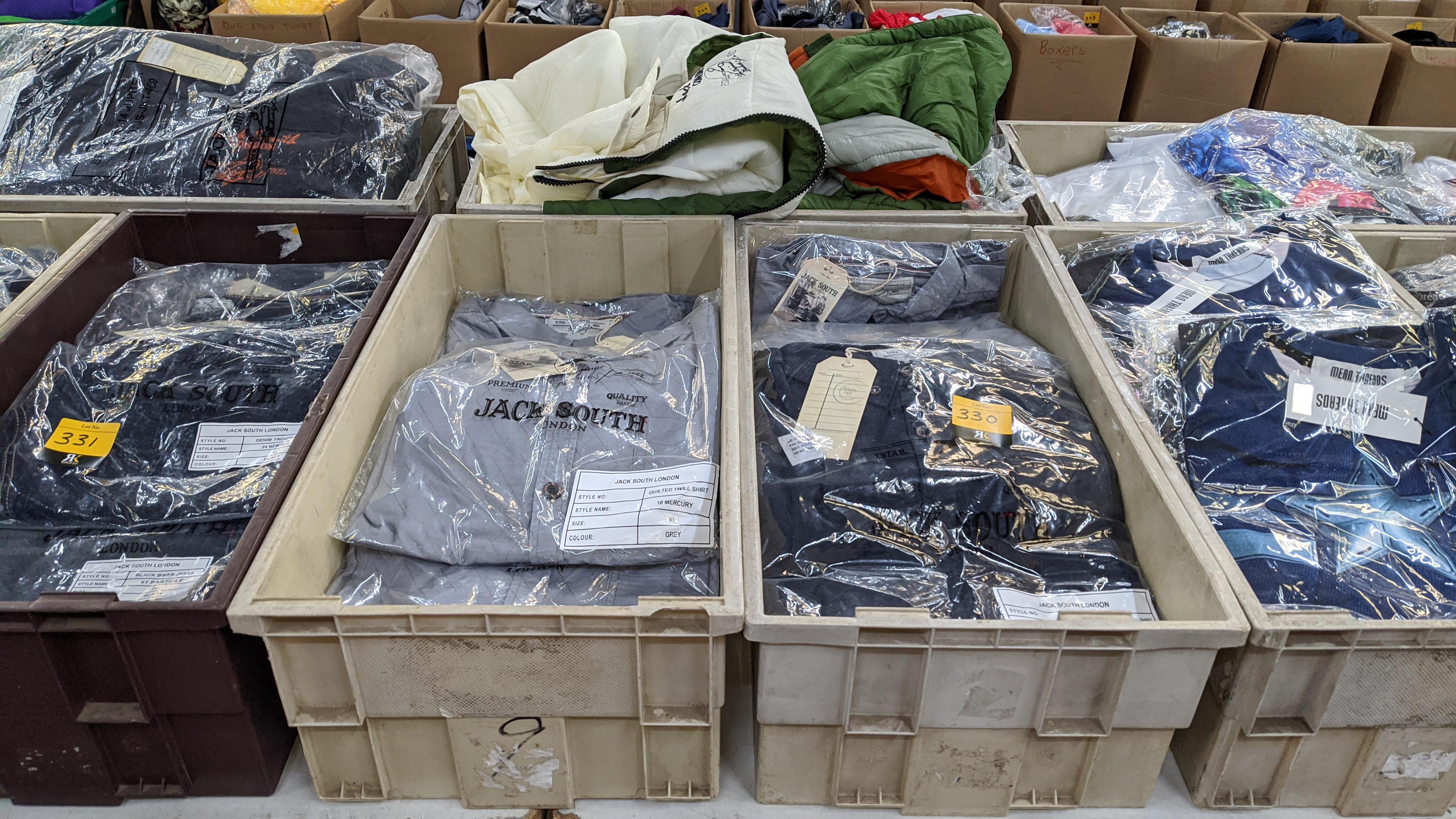 Very large quantity of primarily men's designer clothing & accessories. - Image 93 of 157
