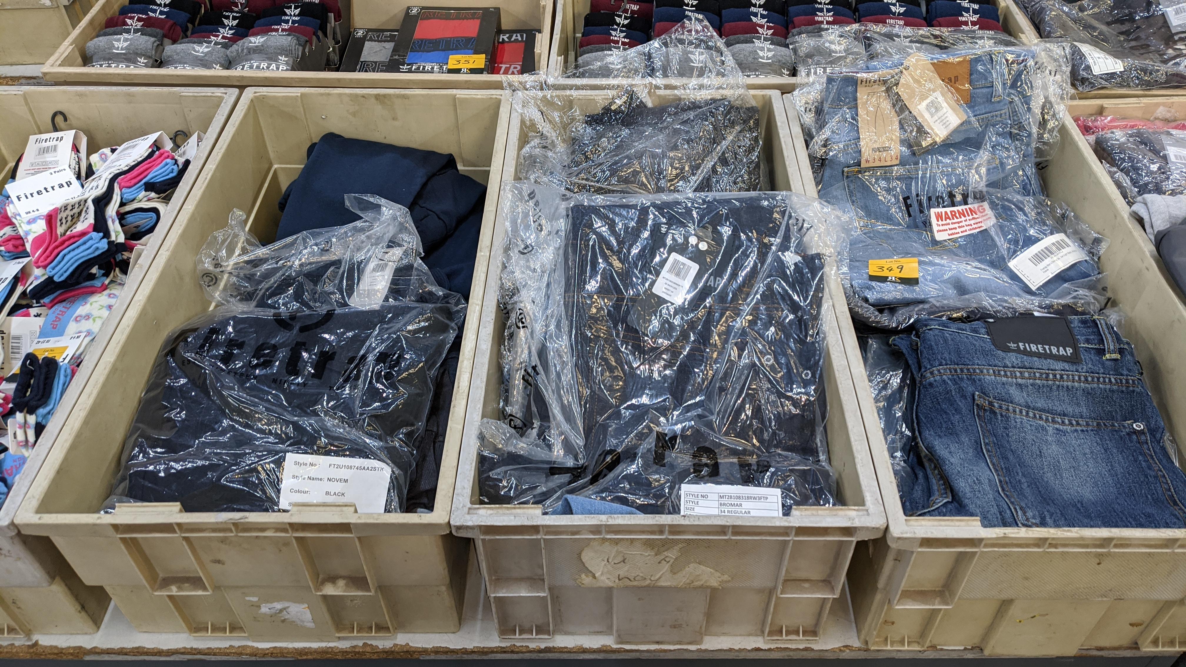 Very large quantity of primarily men's designer clothing & accessories. - Image 112 of 157