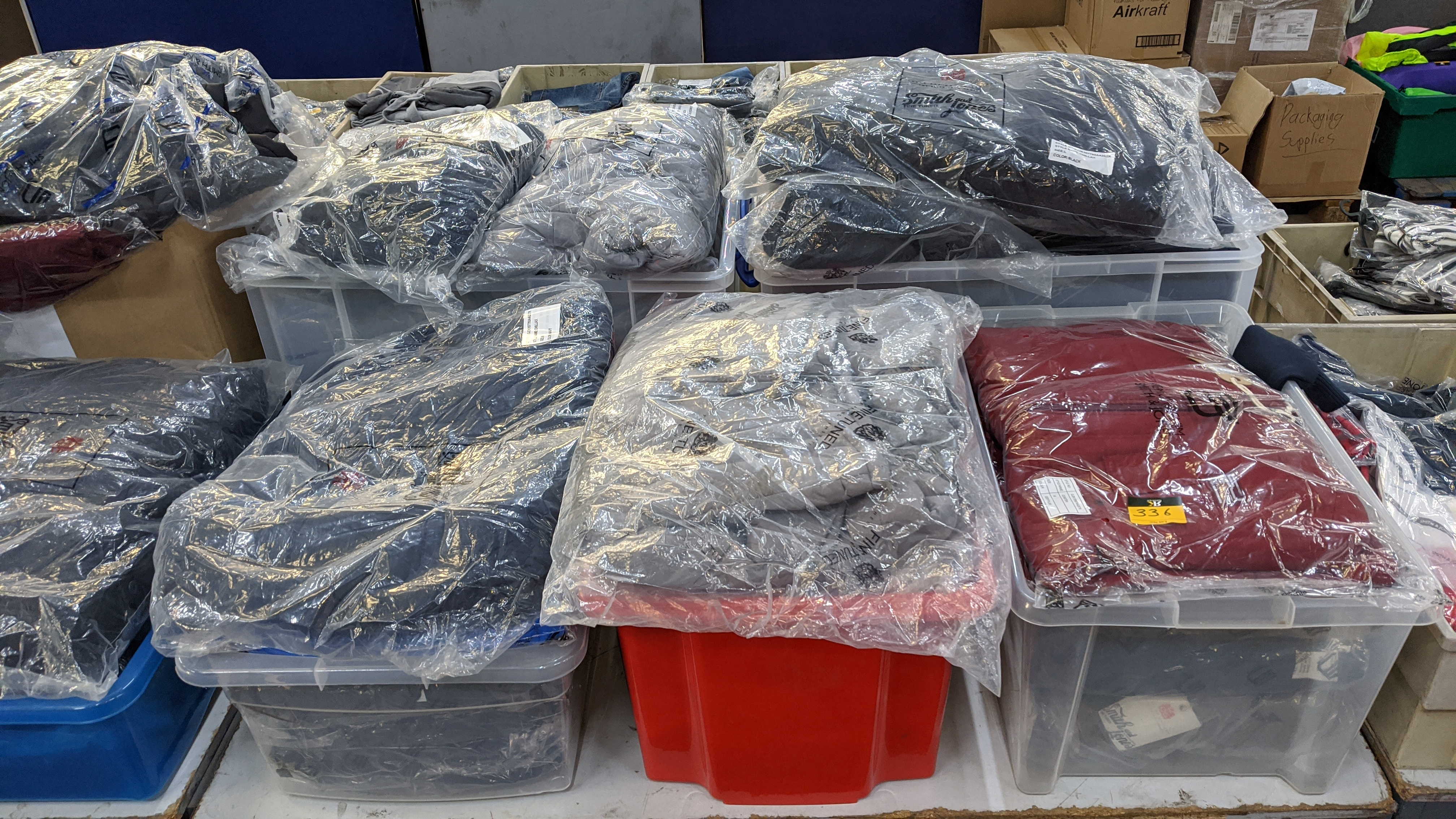 Very large quantity of primarily men's designer clothing & accessories. - Image 99 of 157